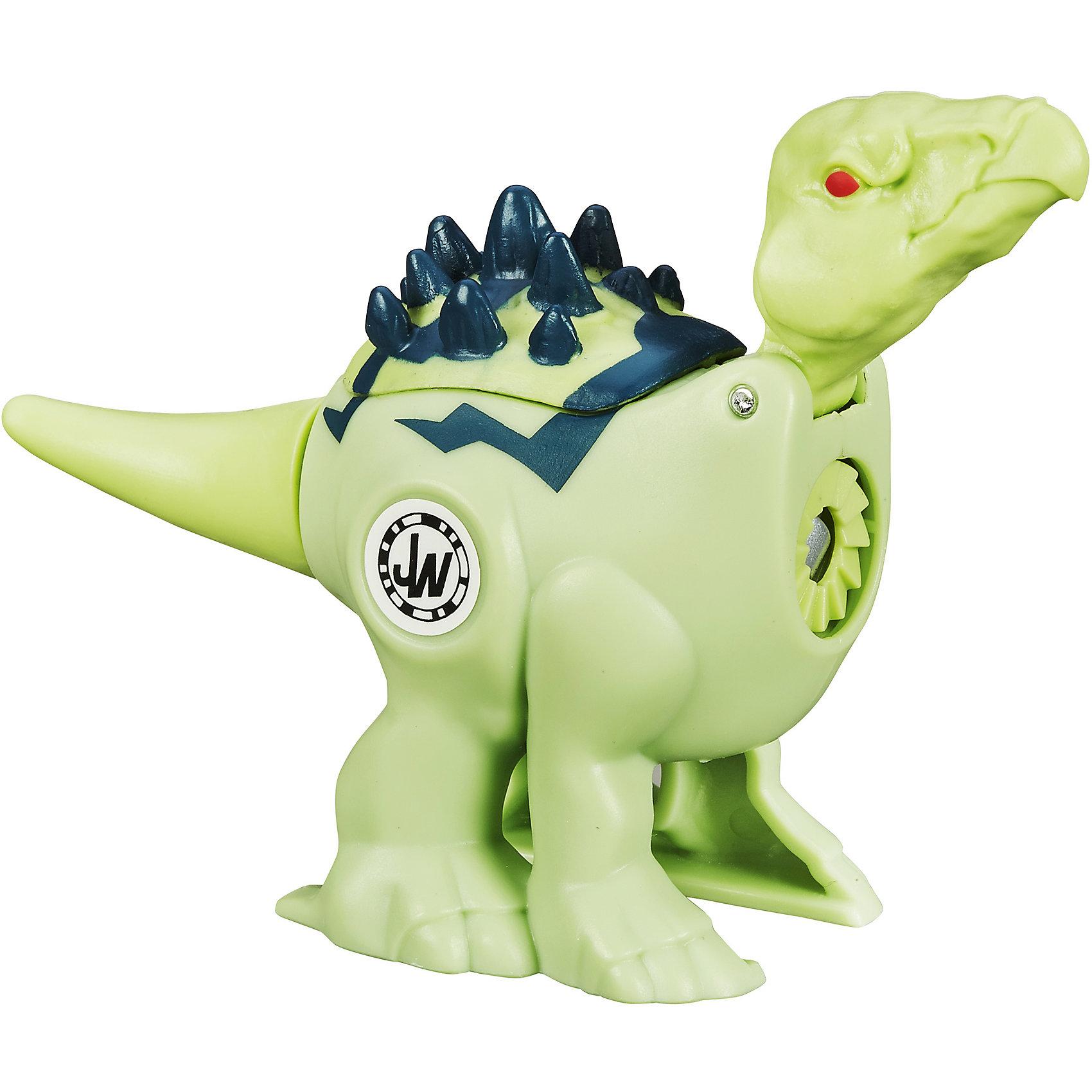Динозавр-драчун Стегозавр, Мир Юрского ПериодаДраконы и динозавры<br>Динозавры-драчуны могут драться между собой! Поверни хвост и натрави одного доисторического монстра на другого! Запусти своего Динозавра-драчуна в бой и наблюдай за сражением.<br>Отсканируй код своего динозавра, чтобы добавить его в мобильное приложение Jurassic World (доступно для платформ Android и iOS) и продолжай битвы в нем!<br>Собери их все, чтобы выявить сильнейшего!<br><br>Дополнительная информация:<br><br>Длина с хвостом приблизительно 10-11 см. <br>Материал: пластик<br><br>Динозавра-драчуна Стегозавра, Мир Юрского Периода можно купить в нашем магазине.<br><br>Ширина мм: 156<br>Глубина мм: 139<br>Высота мм: 32<br>Вес г: 64<br>Возраст от месяцев: 60<br>Возраст до месяцев: 120<br>Пол: Мужской<br>Возраст: Детский<br>SKU: 4163220