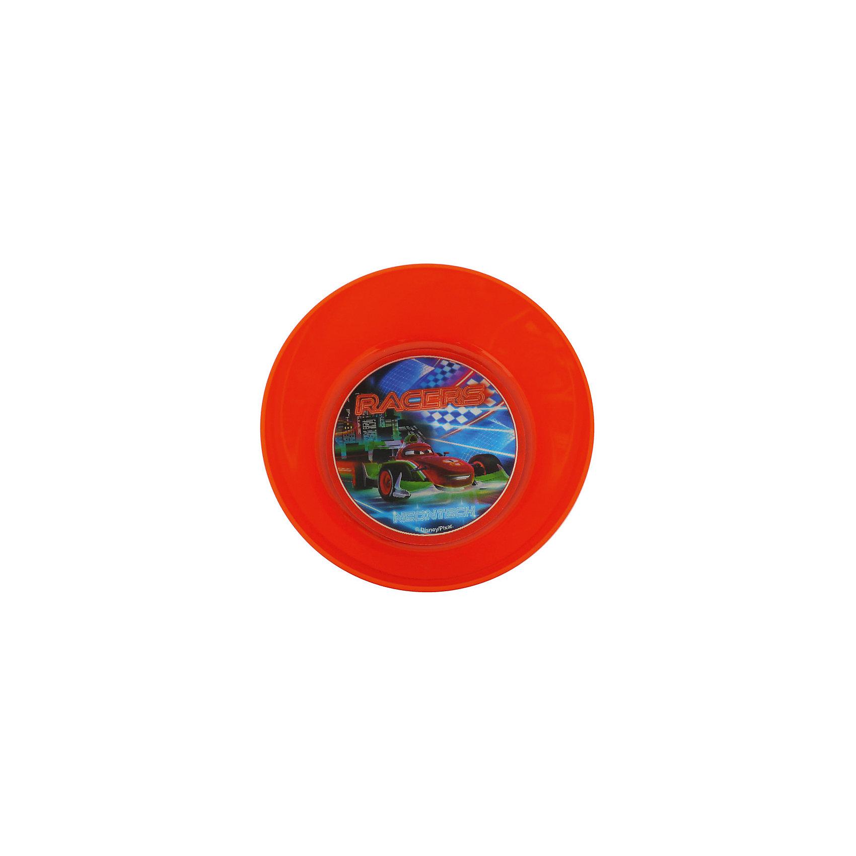 Миска Неон (диаметр 15 см), ТачкиТеперь можно сделать каждый день праздничным! Миска Неон отлично подойдет как для праздника, так и для обычный дней. Увидев обед, поданный в такой шикарной мисочке, малыш почувствует себя настоящей звездой. Такая красивая вещь непременно обрадует кроху. Из яркой и красивой мисочки с изображением любимых героев мультфильма Тачки (Cars) малышу захочется доесть все до последней крошки. Дно мисочки украшено круглой вставкой, которая меняет изображение под разным углом зрения. Пластиковая мисочка не разобьется, а рисунок не сотрется со временем. Удобная форма отлично подходит для частого использования.  <br><br>Дополнительная информация:<br><br>- Вариоизображение;<br>- Особенно понравится поклонникам мультфильма Тачки (Cars);<br>- Подходит для горячего и холодного;<br>- Материал: пластик;<br>- Диаметр: 15 см;<br>- Размер: 15 х 15 х 5 см;<br>- Вес: 40 г<br><br>Миску Неон (диаметр 15 см), Тачки (Cars), можно купить в нашем интернет-магазине.<br><br>Ширина мм: 150<br>Глубина мм: 150<br>Высота мм: 50<br>Вес г: 40<br>Возраст от месяцев: 36<br>Возраст до месяцев: 144<br>Пол: Мужской<br>Возраст: Детский<br>SKU: 4166822
