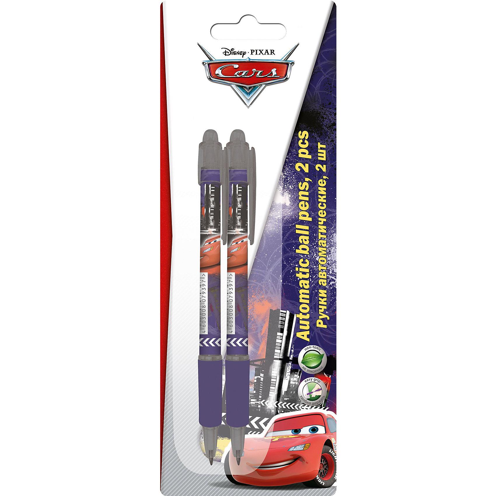Синие шариковые ручки Тачки, 2 шт.Тачки<br>Набор автоматических ручек - это прекрасный подарок школьнику или студенту. Ручки упакованы в блистерную упаковку, цвет пасты- синий, 2в комплекте 2 штуки. На корпусе ручек - полноцветная печать с изображением любимых героев.<br><br>Дополнительная информация:<br><br>Размер: 20 х 7 х 1,5 см.<br><br>Синие шариковые ручки Тачки (Cars), 2 шт. можно купить в нашем магазине.<br><br>Ширина мм: 200<br>Глубина мм: 70<br>Высота мм: 15<br>Вес г: 30<br>Возраст от месяцев: 48<br>Возраст до месяцев: 108<br>Пол: Мужской<br>Возраст: Детский<br>SKU: 4177224