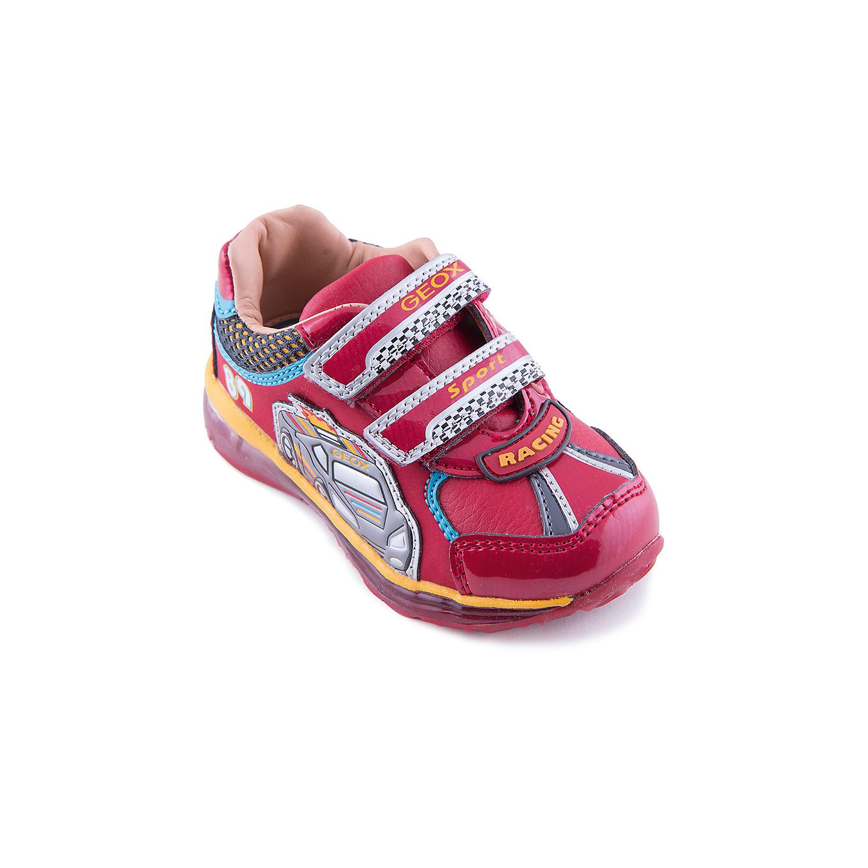 Кроссовки для мальчика GEOXКроссовки для мальчика от популярной марки GEOX.<br><br>Удобные и стильные кроссовки обязательно понравятся мальчишкам. Они не только яркие и красивые, но еще и очень комфортные. Производитель обуви GEOX разработал специальную дышащую подошву, которая не пропускает влагу внутрь, а также высокотехнологичную стельку. <br> <br>Отличительные особенности модели:<br><br>- цвет: красный;<br>- украшен изображениями в автомобильной тематике;<br>- гибкая водоотталкивающая подошва с дышащей мембраной;<br>- мягкий и легкий верх;<br>- защита пятки и пальцев;<br>- эргономичная форма;<br>- удобная застежка-липучка;<br>- комфортное облегание;<br>- ударопрочная антибактериальная стелька;<br>- верх обуви и подкладка сделаны без использования хрома.<br><br>Дополнительная информация:<br><br>- Температурный режим: от +5° С  до +25° С.<br><br>- Состав:<br><br>материал верха: кожа,<br>материал подкладки: кожа<br>подошва: полимер<br><br>Кроссовки для мальчика GEOX (Геокс) можно купить в нашем магазине.<br><br>Ширина мм: 250<br>Глубина мм: 150<br>Высота мм: 150<br>Вес г: 250<br>Цвет: красный<br>Возраст от месяцев: 36<br>Возраст до месяцев: 48<br>Пол: Мужской<br>Возраст: Детский<br>Размер: 27,24,22,23,25,26<br>SKU: 4178087
