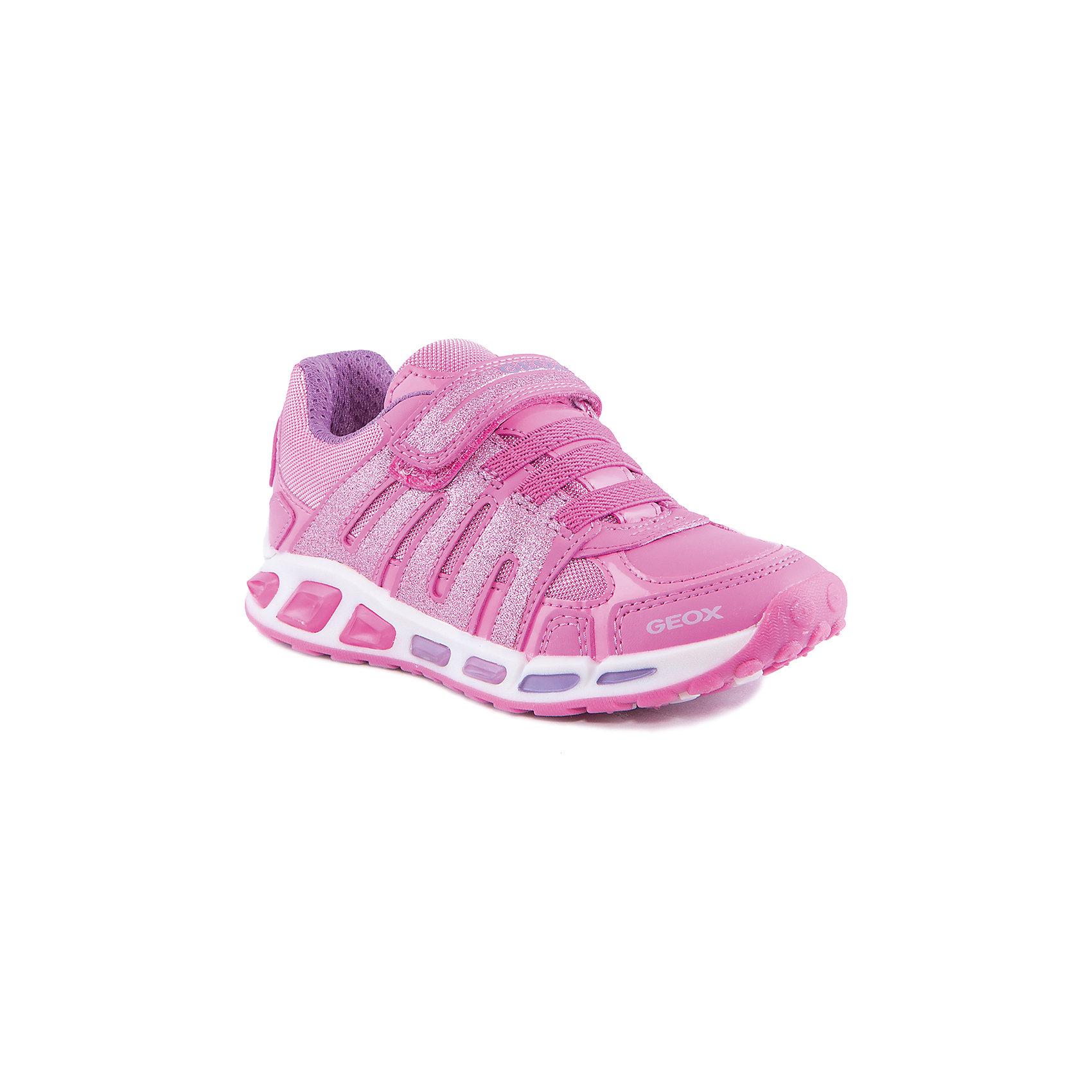 Кроссовки со светодиодами для девочки GeoxОсобенности:<br>Данная модель кроссовок имеет светодиоды, при ходьбе мигют огоньки.<br>Дышащая обувь<br>Подкладка из натуральной кожи (без хрома)<br>Стелька с антибактериальным покрытием<br>Материал:<br>Верх: 70% синтетический материал, 30% текстиль, подкладка: 100% текстиль<br>Подошва:<br>Подошва (внешняя часть): 100% резина, подошва (внутренняя часть): 100% натуральная кожа<br>Высота каблука:<br>Без каблука<br><br>Кроссовки для девочки GEOX можно купить в нашем магазине.<br><br>Ширина мм: 250<br>Глубина мм: 150<br>Высота мм: 150<br>Вес г: 250<br>Цвет: розовый<br>Возраст от месяцев: 48<br>Возраст до месяцев: 60<br>Пол: Женский<br>Возраст: Детский<br>Размер: 28,29,32,30,31,35,34,33<br>SKU: 4178219