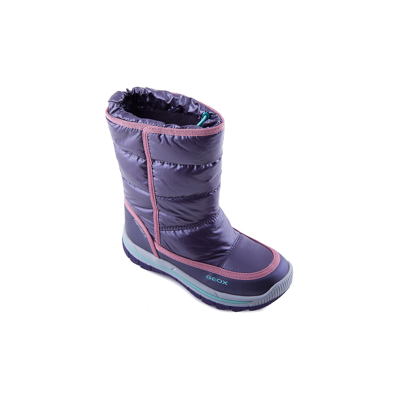 Сапоги для девочки GEOXЯркие сапоги от известной марки GEOX придутся по вкусу всем юным модницам! Модель фиолетового цвета имеет толстую подошву и теплую подкладку прекрасно защищающую ноги ребенка от холода. Застежка-утяжка препятствует попаданию снега в ботинки, рифленая подошва предотвращает скольжение на любой поверхности. Прекрасный вариант для холодной погоды.<br><br>Дополнительная информация:<br><br>- Теплая подкладка.<br>- Защита от промокания.<br>- Сезон: осень/зима.<br>- Температурный режим: от 0?до -20?.<br>- Тип застежки: утяжка. <br>- Цвет: фиолетовый.<br><br>Состав:<br>- Верх: искусственная кожа, текстиль. <br>- Подкладка: байка, текстиль.<br>- Подошва: резина.<br>- Стелька: текстиль.<br><br>Сапоги для девочки, GEOX (Геокс), можно купить в нашем магазине.<br><br>Ширина мм: 257<br>Глубина мм: 180<br>Высота мм: 130<br>Вес г: 420<br>Цвет: фиолетовый<br>Возраст от месяцев: 60<br>Возраст до месяцев: 72<br>Пол: Женский<br>Возраст: Детский<br>Размер: 29,33,28,31,37,39,38,36,35,34,32,30<br>SKU: 4178493