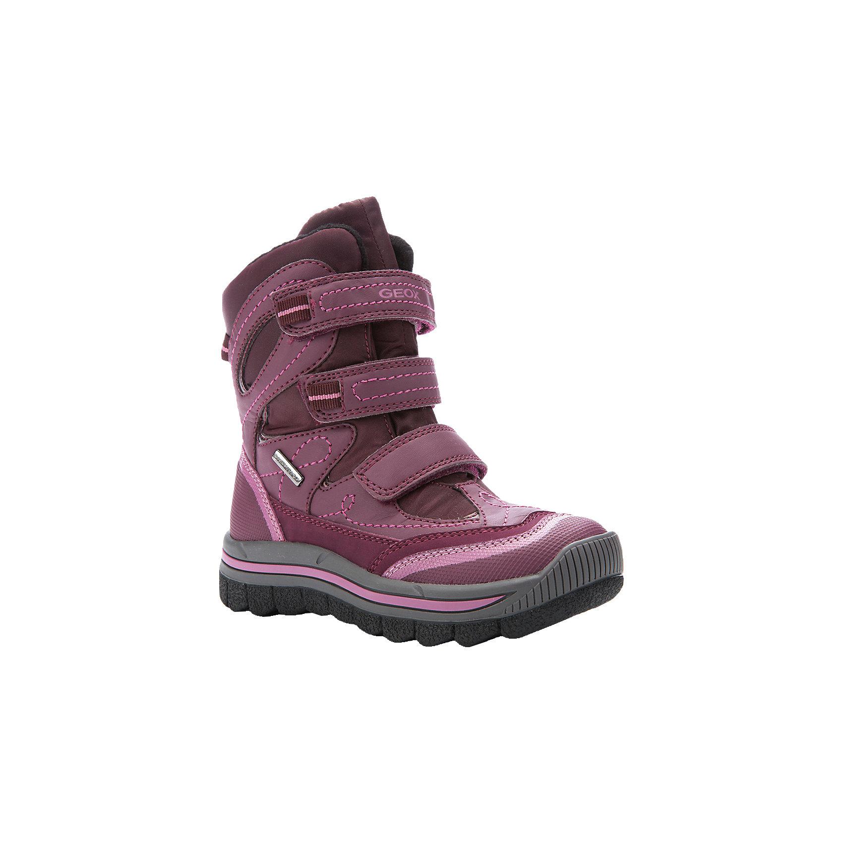 Полусапожки для девочки GEOXПолусапожки для девочки от популярной марки GEOX.<br>Модные и удобные полусапожки фиолетового цвета сделаны по уникальной технологии. Производитель обуви GEOX разработал специальную дышащую подошву, которая не пропускает влагу внутрь, а также высокотехнологичную стельку. При производстве этих полусапожек была задействована технология Amphibiox, делающая обувь непромокаемой. <br>Отличительные особенности модели:<br>- гибкая водоотталкивающая подошва с дышащей мембраной;<br>- утепленная стелька;<br>- мягкий и легкий верх;<br>- защита пятки и пальцев;<br>- эргономичная форма;<br>- удобная застежка-липучка;<br>- комфортное облегание;<br>- ударопрочная антибактериальная стелька;<br>- защита от промокания - технология Amphibiox;<br>- верх обуви и подкладка сделаны без использования хрома.<br>Дополнительная информация:<br>- Температурный режим: от - 20° С  до + 5° С.<br>- Состав:<br>материал верха: синтетический материал, текстиль<br>материал подкладки: текстиль<br>подошва: полимер.<br>Полусапожки для девочки GEOX (Геокс) можно купить в нашем магазине.<br><br>Ширина мм: 257<br>Глубина мм: 180<br>Высота мм: 130<br>Вес г: 420<br>Цвет: малиновый<br>Возраст от месяцев: 132<br>Возраст до месяцев: 144<br>Пол: Женский<br>Возраст: Детский<br>Размер: 35,33,31,28,34,36,30,29,32<br>SKU: 4178519