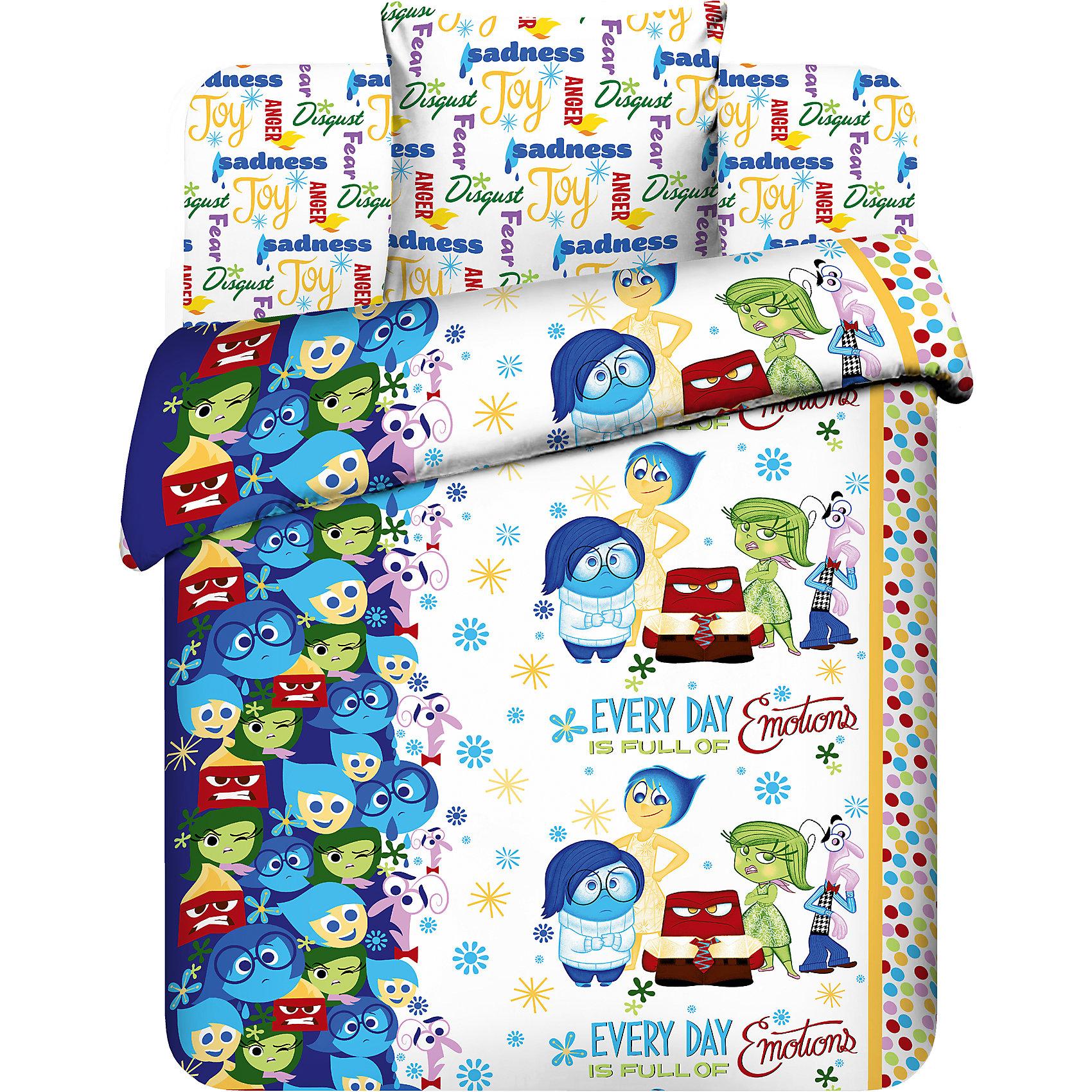 Комплект Головоломка 1,5-спальный (наволочка 70*70 см)Домашний текстиль<br>Комплект Головоломка 1,5-спальный (наволочка 70*70 см) - это яркое постельное белье создаст атмосферу уюта в детской комнате.<br>Комплект постельного белья Головоломка (Inside out) станет приятным сюрпризом для всех маленьких поклонников популярного мультфильма «Головоло?мка». Пододеяльник оформлен изображениями девочки Райли Андерсон и ее эмоций, а также надписью на английском языке «Каждый день наполнен эмоциями». Рисунок на пододеяльнике с двух сторон. Дизайн наволочки и простыни с надписями на английском языке «Гнев», «Радость», «Брезгливость», «Страх» и «Печаль» гармонично дополняет основной рисунок пододеяльника. Постельное белье выполнено из качественной бязи, легко гладится и долго сохраняет цвет. Импортные красители, используемые при нанесении рисунков, не вызывают аллергии и раздражений на коже. Комплект постельного белья Головоломка украсит детскую спальню и подарит волшебные сновидения вашему ребенку.<br><br>Дополнительная информация:<br><br>- В комплекте: 1 наволочка, 1 пододеяльник и 1 простыня.<br>- Размер пододеяльника: 148 х 215 см.<br>- Размер наволочки: 70 х 70 см.<br>- Размер простыни: 150 х 214 см.<br>- Размер: 1.5 спальное<br>- Ткань: бязь<br>- Состав: хлопок 100%<br>- Плотность ткани: 125 г/м2.<br>- Вес в упаковке: 1,5 кг.<br>- Размер в упаковке: 30 х 5 х 30 см.<br><br>Комплект Головоломка 1,5-спальный (наволочка 70*70 см)- сделайте подарок ребенку, увлекая его в волшебный мир Диснея.<br><br>Комплект Головоломка 1,5-спальный (наволочка 70*70 см) можно купить в нашем интернет-магазине.<br><br>Ширина мм: 300<br>Глубина мм: 50<br>Высота мм: 300<br>Вес г: 1500<br>Возраст от месяцев: 36<br>Возраст до месяцев: 144<br>Пол: Унисекс<br>Возраст: Детский<br>SKU: 4179786