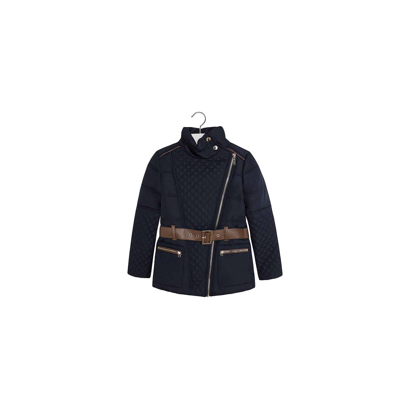 Куртка для девочки MayoralСтеганая куртка  для девочки от известной испанской марки Mayoral прекрасный вариант для прохладной погоды. Куртка застегивается на ассиметричную молнию и две кнопки на воротнике. Воротник-стойка надежно защищает шею ребенка от ветра. Модель дополнена поясом из текстиля и искусственной кожи и двумя боковыми карманами на молнии. Стильный и практичный вариант для вашего ребенка. <br><br>Дополнительная информация:<br><br>- Температурный режим: от +5? до - 5?<br>- Сезон: осень/весна.<br>- Воротник-стойка.<br>- Тип застежки: молния, кнопки.<br>- Тип рукава: втачной.<br>- Покрой: прямой.<br>- Количество карманов: 2<br>- Тип карманов: прорезные.<br>- Пояс в комплекте. <br>Параметры для размера 128.<br>- Длина рукава: 47 см.<br>- Ширина рукава: 19 см.<br><br>Состав:<br>100% Полиэстер<br><br>Куртку для девочки  Mayoral (Майорал) можно купить в нашем магазине.<br><br>Ширина мм: 356<br>Глубина мм: 10<br>Высота мм: 245<br>Вес г: 519<br>Цвет: синий<br>Возраст от месяцев: 84<br>Возраст до месяцев: 96<br>Пол: Женский<br>Возраст: Детский<br>Размер: 128,140,164,158,152<br>SKU: 4190310