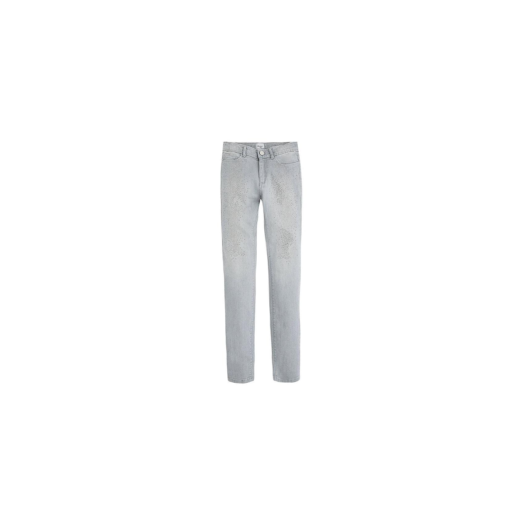 Джинсы для девочки MayoralДжинсовая одежда<br>Брюки для девочки от популярной испанской марки Mayoral.<br><br>Красивые необычные брюки от известного испанского бренда Mayoral дополнят гардероб девочки. Удобная посадка и качественный материал обеспечит ребенку комфорт при ношении этой вещи.<br><br>Особенности модели:<br>- цвет: серый;<br>- материал эластичный, легкий;<br>- преобладание хлопка в составе;<br>- на поясе - внутренние резинки для регулировки размера;<br>- штанины слегка заужены.<br><br>Состав: 98% хлопок, 2% эластан<br>Уход за изделием:<br><br>стирка в при температуре до 30°С,<br>не отбеливать.<br> <br>Брюки для девочки Mayoral (Майорал) можно купить в нашем магазине.<br><br>Ширина мм: 215<br>Глубина мм: 88<br>Высота мм: 191<br>Вес г: 336<br>Цвет: серый<br>Возраст от месяцев: 108<br>Возраст до месяцев: 120<br>Пол: Женский<br>Возраст: Детский<br>Размер: 140,158,164,152,128<br>SKU: 4190366