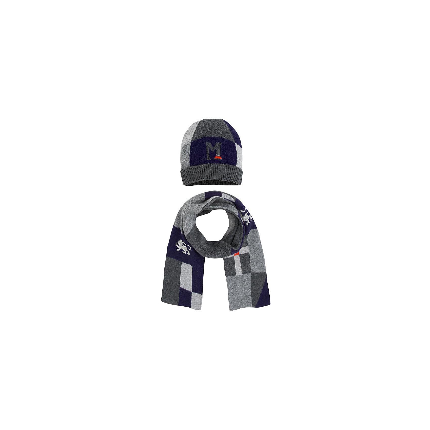 Комплект: шапка и шарф для мальчика MayoralКомплект: шапка и шарф для мальчика от известной испанской марки Mayoral.<br><br>Красивый вязаный комплект из двух предметов может обеспечить ребенку тепло и комфорт в холодную погоду. <br>Модель имеет следующие особенности:<br><br>- цвета – синий, серый;<br>- вязка плотная;<br>- в шапке - два слоя;<br>- шарф - двухслойный, одна сторона -  с орнаментом, вторая - серая.<br><br>Состав: 60% хлопок, 30% полиамид, 10% шерсть<br>Уход за изделием:<br><br>• стирка при температуре до 30°С,<br>• не отбеливать.<br>Габариты: р.L шарф - 125х21 см, шапка - (р.52-54)<br>Температурный режим: от -20 ° С до +5 ° С<br><br>Комплект: шапку и шарф для мальчика Mayoral (Майорал) можно купить в нашем магазине.<br><br>Ширина мм: 89<br>Глубина мм: 117<br>Высота мм: 44<br>Вес г: 155<br>Цвет: серый<br>Возраст от месяцев: 96<br>Возраст до месяцев: 120<br>Пол: Мужской<br>Возраст: Детский<br>Размер: 54,58,56<br>SKU: 4190585