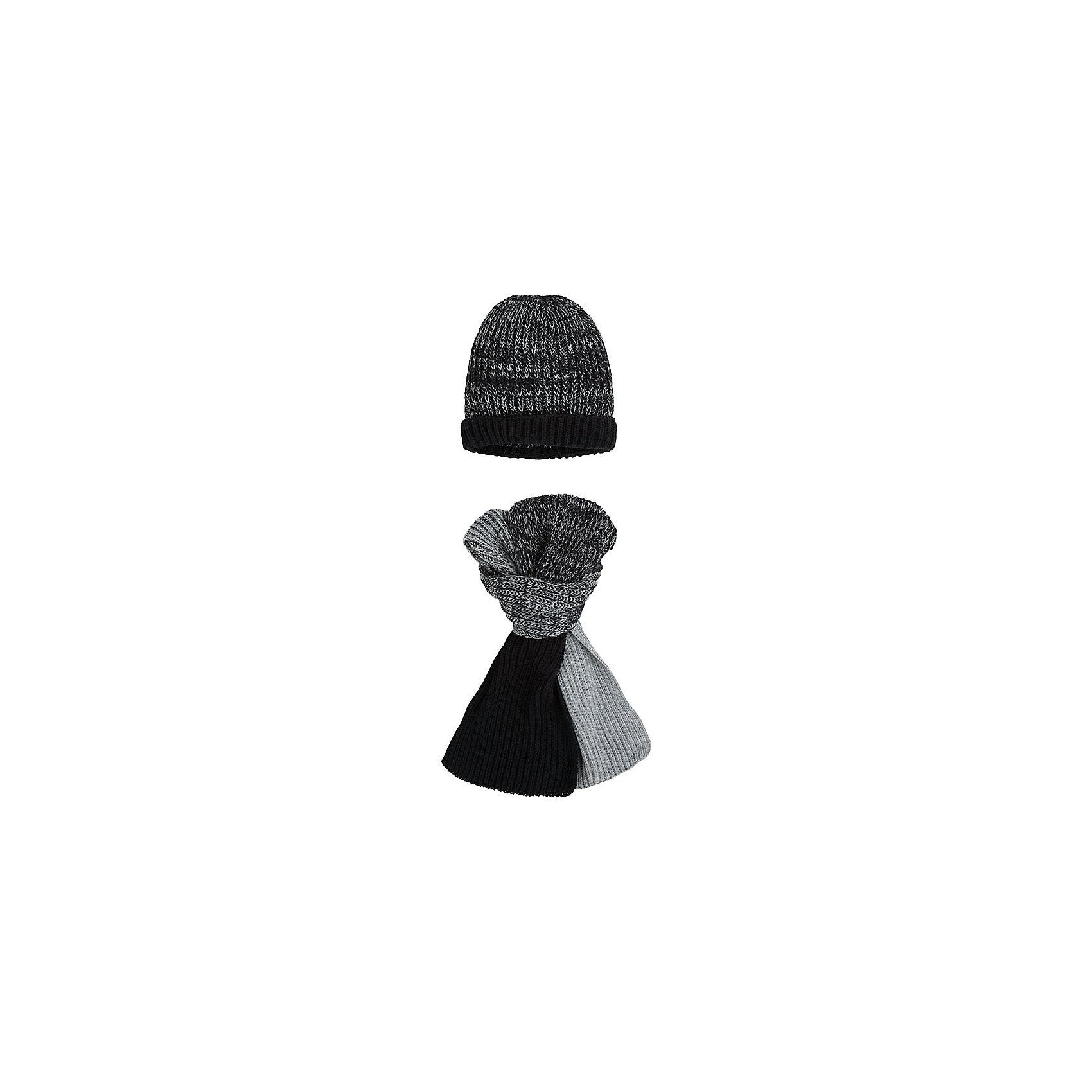 Комплект: шапка и шарф для мальчика MayoralШарфы, платки<br>Комплект: шапка и шарф для мальчика от известной испанской марки Mayoral.<br><br>Красивый вязаный комплект из двух предметов может обеспечить ребенку тепло и комфорт в холодную погоду. <br>Модель имеет следующие особенности:<br><br>- цвета – черный, серый;<br>- вязка средней плотности, объемная;<br>- хорошо тянется.<br><br>Состав: 100% акрил<br>Уход за изделием:<br><br>• стирка при температуре до 30°С,<br>• не отбеливать.<br>Габариты:<br>р.S - 135х22 см, 19х20 см<br>р.М - 150х23 см, 20х21 см<br>Температурный режим: от -20 ° С до +5 ° С<br><br>Комплект: шапку и шарф для мальчика Mayoral (Майорал) можно купить в нашем магазине.<br><br>Ширина мм: 89<br>Глубина мм: 117<br>Высота мм: 44<br>Вес г: 155<br>Цвет: черный<br>Возраст от месяцев: 96<br>Возраст до месяцев: 120<br>Пол: Мужской<br>Возраст: Детский<br>Размер: 54,56<br>SKU: 4190674