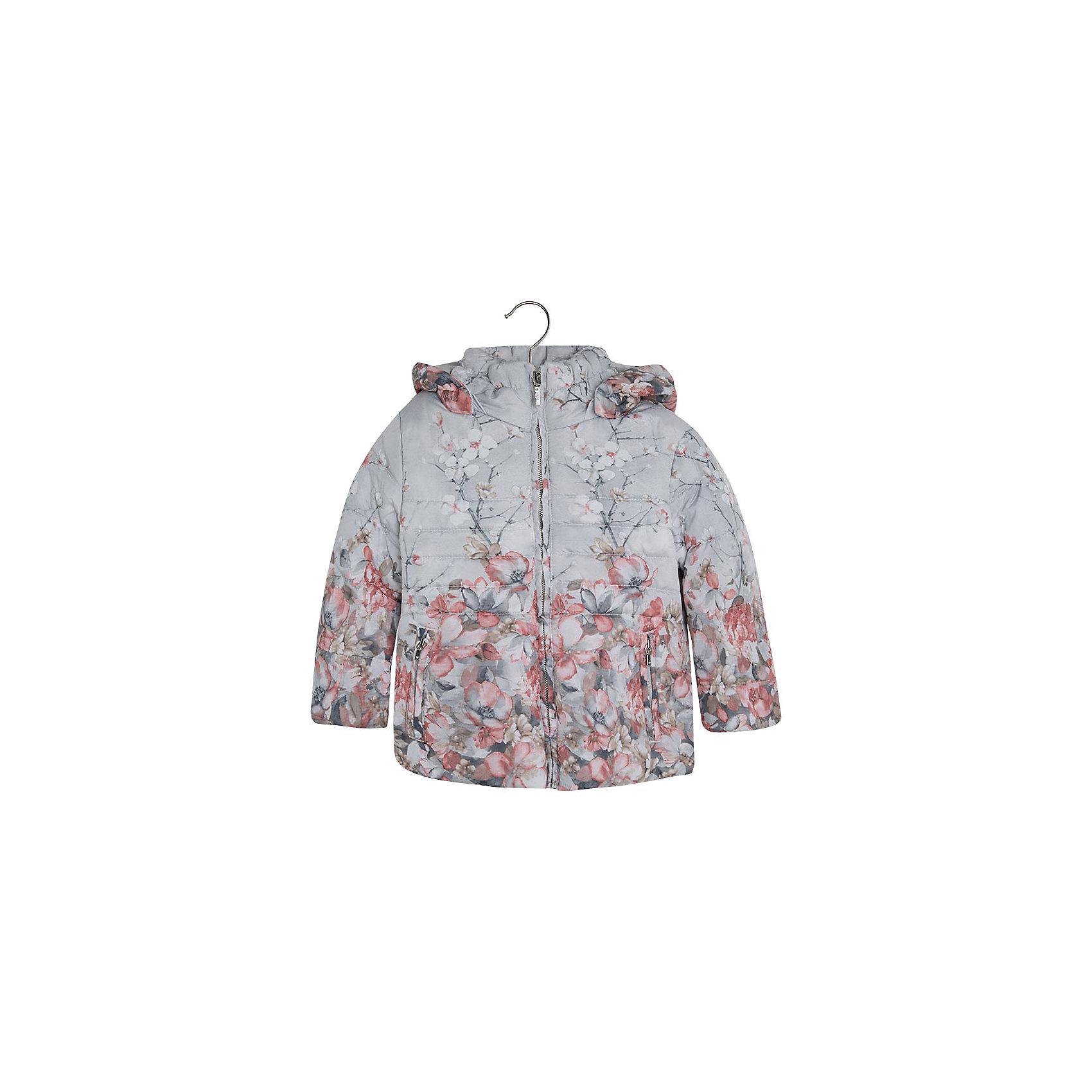 Куртка для девочки MayoralВерхняя одежда<br>Куртка для девочки от популярной испанской марки Mayoral.<br>Модная и теплая куртка от известного испанского бренда Mayoral – отличный вариант универсальной верхней одежды для детей. Она не только согревает в холодную погоду, но и отлично смотрится. Удобный крой и качественный материал обеспечит ребенку комфорт при ношении этой вещи. <br>Модель имеет следующие особенности:<br><br>- цвет: серо-розовый, цветочный принт;<br>- удобные функциональные карманы на молнии;<br>- капюшон;<br>- плащевая ткань;<br>- застежка-молния.<br><br>Состав: 100% полиэстер<br><br>Уход за изделием:<br><br>стирка в машине при температуре до 30°С,<br>не отбеливать.<br><br>Габариты:<br>• длина рукава – 37 см,<br>• длина по спинке – 43 см.<br><br>*Числовые параметры соответствуют росту 98<br><br>Температурный режим:<br><br>от -5° С до +15° С<br><br>Куртку для девочки Mayoral (Майорал) можно купить в нашем магазине.<br><br>Ширина мм: 356<br>Глубина мм: 10<br>Высота мм: 245<br>Вес г: 519<br>Цвет: розовый<br>Возраст от месяцев: 84<br>Возраст до месяцев: 96<br>Пол: Женский<br>Возраст: Детский<br>Размер: 128,110,104,92,134,98,116,122<br>SKU: 4191848