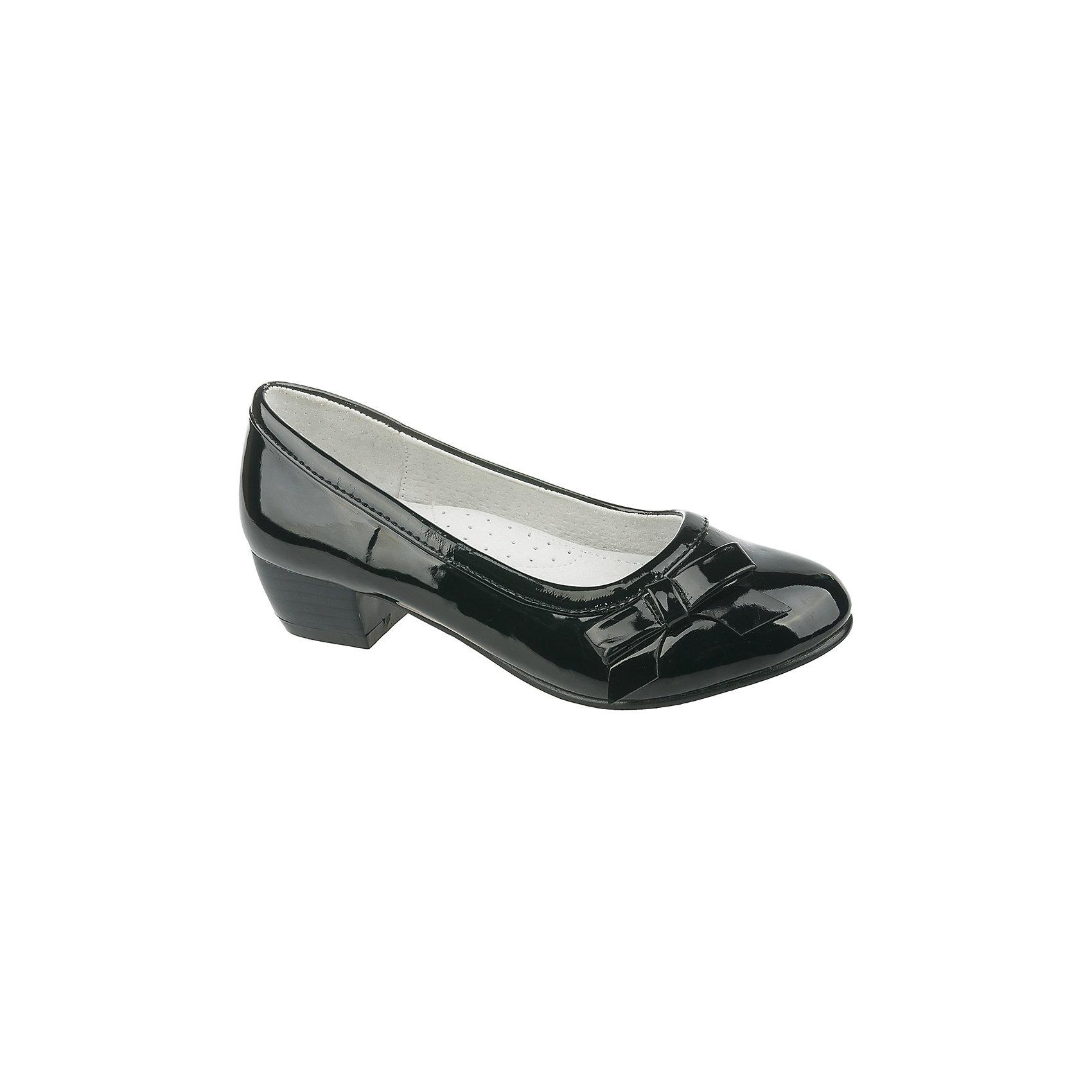 Туфли для девочки MURSUТуфли для девочки от известного финского бренда MURSU - прекрасный вариант как для праздника, так и для повседневной носки. Черные лакированные туфли на небольшом каблуке хорошо смотрятся с любой одеждой, эффектно дополняя образ. Модель декорирована небольшим бантом, имеет подкладку и стельку из натуральной кожи обеспечивающие комфорт, удобство и гигиеничность. <br><br>Дополнительная информация:<br><br>- Цвет: черный (лак).<br>- Тип застежки: без застежки.<br>- Декоративные элементы: бант. <br><br>Состав:<br><br>- Материал верха: искусственная кожа.<br>- Материал подкладки: натуральная кожа.<br>- Материал подошвы: TEP.<br>- Материал стельки: натуральная кожа.<br><br>Туфли для девочки MURSU (Мурсу), можно купить в нашем магазине.<br><br>Ширина мм: 227<br>Глубина мм: 145<br>Высота мм: 124<br>Вес г: 325<br>Цвет: черный<br>Возраст от месяцев: 84<br>Возраст до месяцев: 96<br>Пол: Женский<br>Возраст: Детский<br>Размер: 32,35,36,33,34,31<br>SKU: 4195796