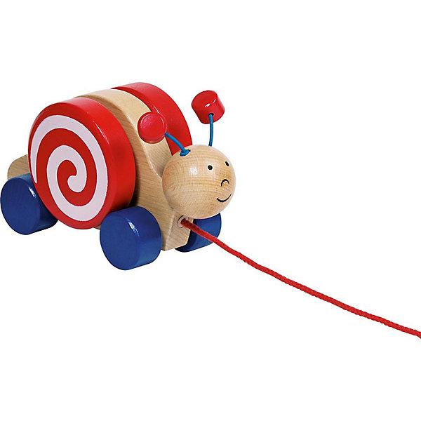 Каталка Улитка, gokiДеревянные игрушки<br>Каталка Улитка, goki (гоки) - это традиционная каталка с веревочкой, на четырех колесах.<br>Каталка на четырех колесиках Goki Улитка прекрасно подойдет для игры дома или на свежем воздухе. Каталка выполнена в виде веселой улитки с забавными подвижными рожками. Чтобы каталка двигалась, нужно только тянуть за шнурок. Каталка изготовлена из высококачественной древесины, не имеет острых углов, и окрашена стойкими яркими красками на водной основе. Игры с каталкой стимулируют двигательную активность ребенка, развивают координацию движений и наглядно-действенное мышление.<br><br>Дополнительная информация:<br><br>- Материал: древесина<br>- Размер каталки: 17 x 9 x 7 см.<br>- Длина шнурка: 66 см.<br><br>Каталку Улитка, goki (гоки) можно купить в нашем интернет-магазине.<br><br>Ширина мм: 183<br>Глубина мм: 96<br>Высота мм: 81<br>Вес г: 378<br>Возраст от месяцев: 12<br>Возраст до месяцев: 24<br>Пол: Унисекс<br>Возраст: Детский<br>SKU: 4201404