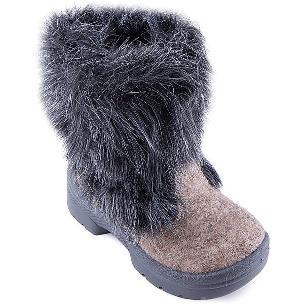 Валенки Ночная сказка для мальчика ФилипокВаленки<br>Характеристики товара:<br><br>• цвет: черный<br>• температурный режим: от -5° С до -30° С<br>• внешний материал: эко-войлок (натуральная шерсть)<br>• подкладка: натуральная овечья шерсть<br>• стелька: шерстяной войлок (3,5 мм)<br>• подошва: литая, полиуретан<br>• декорированы искусственным мехом<br>• подошва с анти скользящей с системой протектора anti slip<br>• защита носка - натуральная кожа с износостойкой пропиткой<br>• усиленная пятка<br>• толстая устойчивая подошва<br>• страна бренда: РФ<br>• страна изготовитель: РФ<br><br>Очень теплые и удобные валенки для ребенка от известного бренда детской обуви Филипок созданы специально для русской зимы. Качественные материалы с пропиткой против попадания воды внутрь и модный дизайн понравятся и малышам и их родителям. Подошва и стелька обеспечат ребенку комфорт, сухость и тепло, позволяя в полной мере наслаждаться зимним отдыхом. Усиленная защита пятки и носка обеспечивает дополнительную безопасность детских ног в этих сапожках.<br>Эта красивая и удобная обувь прослужит долго благодаря отличному качеству. Производитель анти скользящее покрытие и амортизирующие свойства подошвы! Модель производится из качественных и проверенных материалов, которые безопасны для детей.<br><br>Валенки для мальчика от бренда Филипок можно купить в нашем интернет-магазине.<br>Ширина мм: 257; Глубина мм: 180; Высота мм: 130; Вес г: 420; Цвет: черный; Возраст от месяцев: 72; Возраст до месяцев: 84; Пол: Мужской; Возраст: Детский; Размер: 30,29,25,26,28,31,32,27,24; SKU: 4207133;
