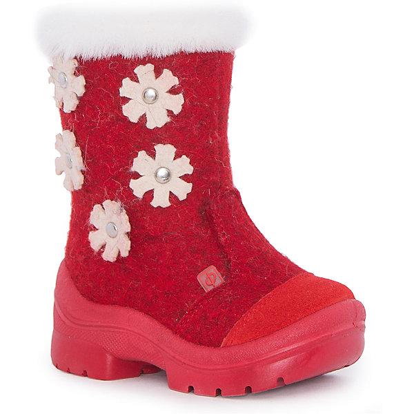 Валенки Зима-красна для девочки ФилипокВаленки<br>Характеристики товара:<br><br>• цвет: красный<br>• температурный режим: от -5° С до -30° С<br>• внешний материал: эко-войлок (натуральная шерсть)<br>• подкладка: натуральная овечья шерсть<br>• стелька: шерстяной войлок (3,5 мм)<br>• подошва: литая, полиуретан<br>• декорированы аппликацией и опушкой<br>• подошва с анти скользящей с системой протектора anti slip<br>• застежка: молния<br>• защита носка - натуральная кожа с износостойкой пропиткой<br>• усиленная пятка<br>• толстая устойчивая подошва<br>• страна бренда: РФ<br>• страна изготовитель: РФ<br><br>Очень теплые и удобные валенки для ребенка от известного бренда детской обуви Филипок созданы специально для русской зимы. Качественные материалы с пропиткой против попадания воды внутрь и модный дизайн понравятся и малышам и их родителям. Подошва и стелька обеспечат ребенку комфорт, сухость и тепло, позволяя в полной мере наслаждаться зимним отдыхом. Усиленная защита пятки и носка обеспечивает дополнительную безопасность детских ног в этих сапожках.<br>Эта красивая и удобная обувь прослужит долго благодаря отличному качеству. Производитель анти скользящее покрытие и амортизирующие свойства подошвы! Модель производится из качественных и проверенных материалов, которые безопасны для детей.<br><br>Валенки для девочки от бренда Филипок можно купить в нашем интернет-магазине.<br>Ширина мм: 257; Глубина мм: 180; Высота мм: 130; Вес г: 420; Цвет: красный; Возраст от месяцев: 18; Возраст до месяцев: 21; Пол: Женский; Возраст: Детский; Размер: 23,30,28,26,22,24,25,27,29; SKU: 4207368;