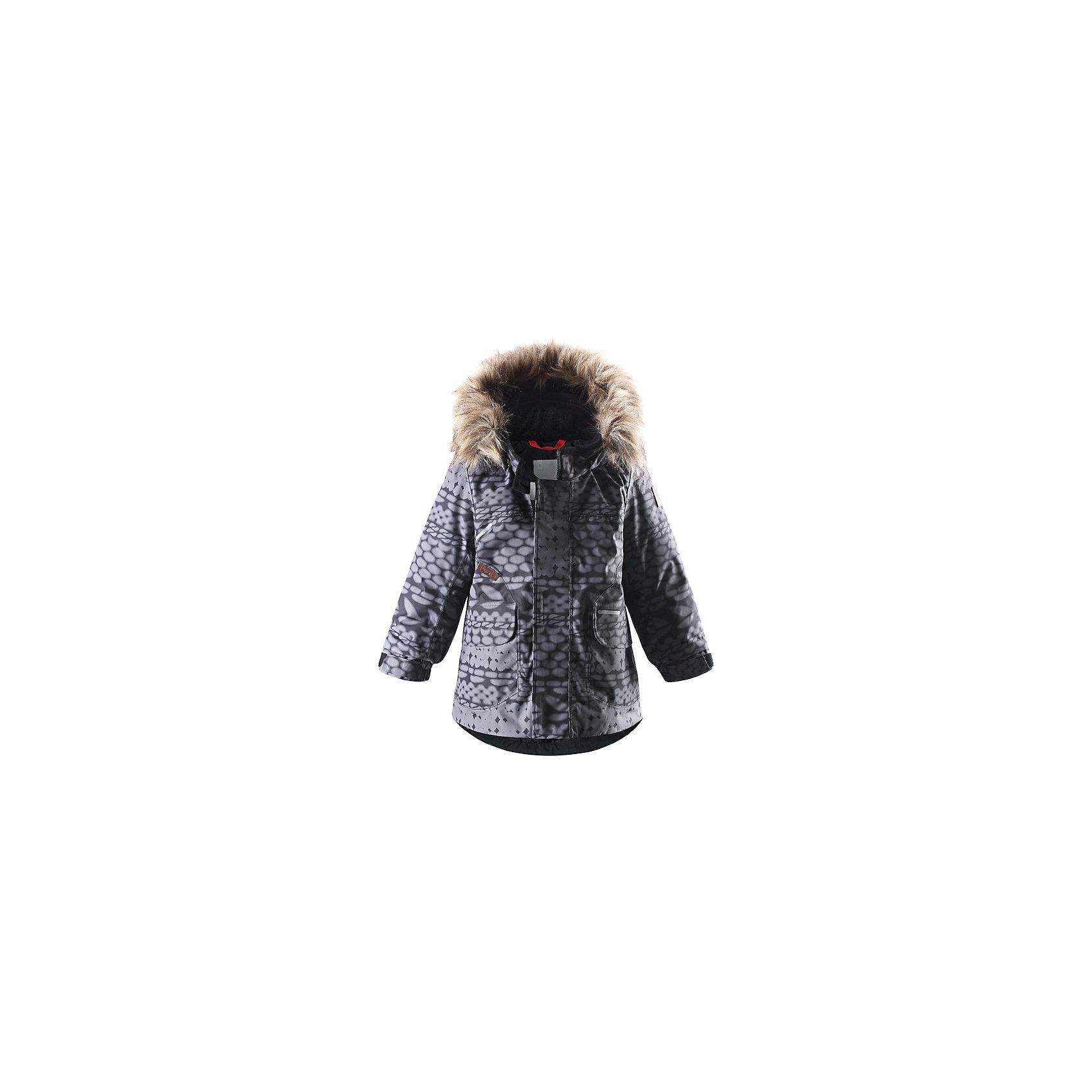 Куртка Reimatec® ReimaОдежда<br>Эта классическая куртка для малышей водо- и ветронепроницаема! Эта модная совершенно водонепроницаемая, но пропускающая воздух зимняя куртка сделана из сертифицированного материала bluesign®. Покупатель может быть уверен, что материал надёжен и создаётся с минимальным воздействием на окружающую среду и здоровье. Все швы проклеены, водонепроницаемы, чтобы вода или влага не попала внутрь на прогулке. Куртка прямого покроя с регулируемым подогнутым краем и манжетами подходит как для девочек, так и для мальчиков. Это идеальный выбор для прогулки по городу. В этой куртке также будет тепло и уютно попрыгать на игровой площадке. Отстёгивающаяся отделка из искусственного меха на капюшоне добавляет этому стилю элегантный штрих, а в большие карманы с клапанами можно класть варежки, когда заходишь домой передохнуть. Съёмный капюшон безопасен для игр на улице. Если закреплённый кнопками капюшон зацепится за что-нибудь, он легко отстегнётся. Выбери свой любимый цвет из трендов этого сезона!<br><br>Водонепроницаемая зимняя куртка для малышей<br>Основной одобренный материал - bluesign®<br>Безопасный съёмный капюшон с отстёгивающейся отделкой из искусственного меха<br>Удлинённые рукава<br>Большие карманы с клапанами<br>Состав:<br>100% ПА, ПУ-покрытие<br>Средняя степень утепления (до - 20)<br><br>Куртку Reimatec® (Рейматек) Reima (Рейма) можно купить в нашем магазине.<br><br>Ширина мм: 356<br>Глубина мм: 10<br>Высота мм: 245<br>Вес г: 519<br>Цвет: черный<br>Возраст от месяцев: 6<br>Возраст до месяцев: 9<br>Пол: Унисекс<br>Возраст: Детский<br>Размер: 98,74,92,86,80<br>SKU: 4208053