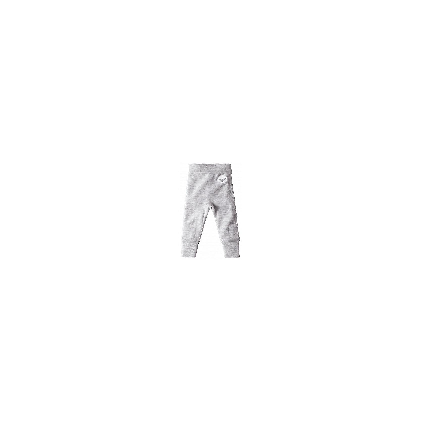 Брюки ReimaЭти красивые и мягкие шерстяные брючки сделаны из ткани, в состав которой входит мериносовая шерсть и Tencel®, благодаря чему изделие функционально и долго не теряет вид. Материал, в состав которого входят мягкая мериносовая шерсть и Tencel®, прекрасно контролирует температуру, поэтому брючки подходят для всех сезонов. Материал сохраняет форму даже после нескольких стирок. Удобный высокий пояс из эластичной вязаной резинки и подгибающиеся штанины в размерах 50-60 см обеспечат комфортную посадку по фигуре и немного свободного места на вырост. Мягкие плоские швы не натрут нежную кожу, и ребёнок будет чувствовать себя комфортно.<br><br>Шерстяные брючки для самых маленьких<br>Сочетание мягкой мериносовой шерсти и Tencel® контролирует температуру<br>Удобный высокий пояс из эластичной вязаной резинки<br>Подгибающиеся штанины в размерах 50-62 см<br>Мягкие плоские швы для большего удобства, никакого натирания<br><br>Состав:<br>72% Шерсть 28% Лиоцелл<br><br><br>Брюки Reima (Рейма) можно купить в нашем магазине.<br><br>Ширина мм: 215<br>Глубина мм: 88<br>Высота мм: 191<br>Вес г: 336<br>Цвет: белый<br>Возраст от месяцев: 0<br>Возраст до месяцев: 3<br>Пол: Унисекс<br>Возраст: Детский<br>Размер: 56,74,62,68,80<br>SKU: 4208275