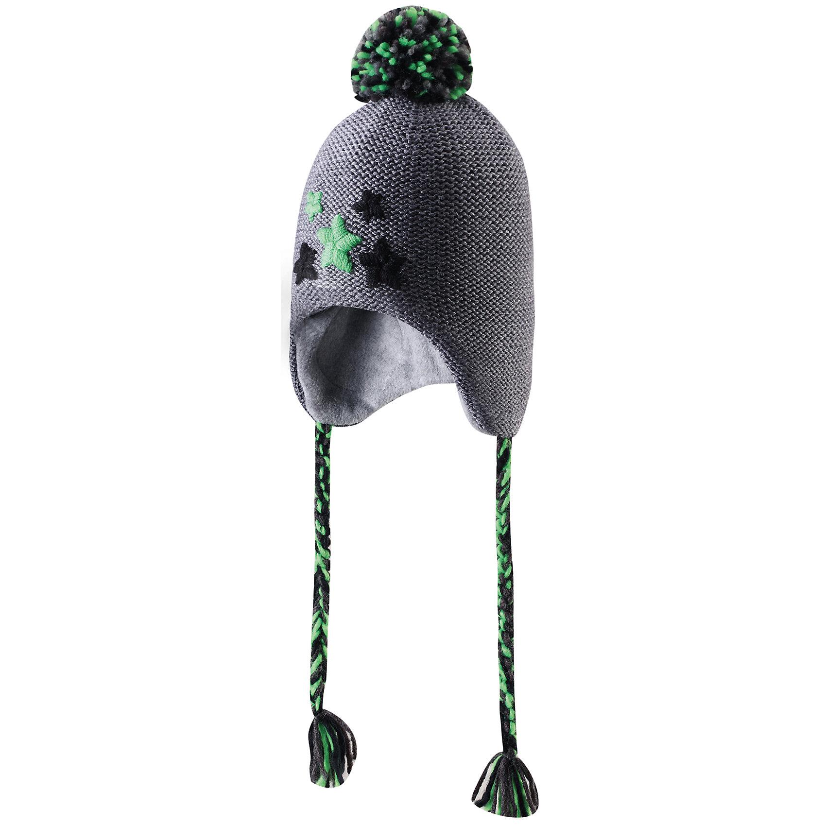 Шапка для мальчика ReimaСтильная зимняя шапочка с большим количеством деталей. Эта шапочка из смеси шерсти имеет декоративную вышивку спереди и забавный помпон на затылке. Вставки в области ушей придают дополнительную защиту, а подкладка из мягкого флиса создаст коже приятные ощущения. По бокам имеются симпатичные плетеные шнурочки: они не позволяют шапочке соскальзывать во время активных игр на открытом воздухе.<br><br> Шапочка для малышей и детей постарше из смеси шерсти, модели для девочек и мальчиков<br> Спереди декоративная вышивка<br> Сплошная подкладка: мягкий теплый полиэстер флис<br>Ветронепроницаемые вставки в области ушей<br>Состав:<br>50% Шерсть 50% Акрил<br><br><br>Шапку Reima (Рейма) можно купить в нашем магазине.<br><br>Ширина мм: 89<br>Глубина мм: 117<br>Высота мм: 44<br>Вес г: 155<br>Цвет: серый<br>Возраст от месяцев: 6<br>Возраст до месяцев: 9<br>Пол: Мужской<br>Возраст: Детский<br>Размер: 46,50,52,48<br>SKU: 4208760