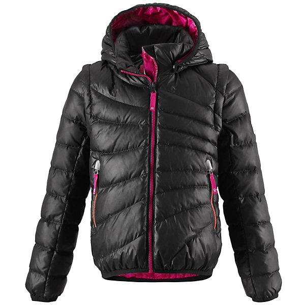 Куртка для девочки ReimaОдежда<br>Лёгкий детский пуховик - замечательный выбор для поздней осени и ранней зимы. Этот стильный пуховик тёплый, но лёгкий, а если погода позволяет, куртка легко трансформируется в пуховой жилет - рукава отстёгиваются при помощи молнии. В тёплые осенние дни рекомендуем надевать под жилет уютный вязаный свитер или флисовую кофту. Капюшон тоже отстёгивается - если закреплённый кнопками капюшон зацепится за что-нибудь, он легко отстегнётся. Передние карманы на молниях подойдут для хранения маленьких ценностей, а молния контрастного цвета завершает стильный образ. Эта приталенная модель для девочек великолепно выглядит на прогулке в городе, в школе или на активном отдыхе.<br><br>Лёгкий пуховик для девочек-подростков<br>Безопасный съёмный регулируемый капюшон <br>Отстёгивающиеся рукава на молниях<br>Эластичный кант на манжетах рукавов и по нижнему краю пуховика<br>Молнии контрастного цвета <br>Два боковых кармана на молниях<br><br>Состав:<br>100% ПЭ<br>Средняя степень утепления (до - 20)<br>Утеплитель: пух<br><br>Куртку для девочки Reima (Рейма) можно купить в нашем магазине.<br><br>Ширина мм: 356<br>Глубина мм: 10<br>Высота мм: 245<br>Вес г: 519<br>Цвет: черный<br>Возраст от месяцев: 48<br>Возраст до месяцев: 60<br>Пол: Женский<br>Возраст: Детский<br>Размер: 110,134,146,164,140,128,104,116,122<br>SKU: 4209002