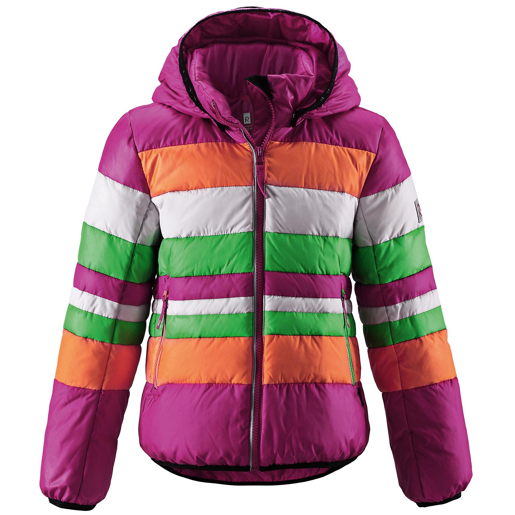 Куртка для девочки ReimaЯркие полоски и пух - отличительные детали этого лёгкого детского пуховика! Пропускающий воздух пуховик надёжно согреет ребёнка поздней осенью. Сочетание ярких цветов радует глаз, когда вы гуляете по городу или активно проводите время на свежем воздухе. Съёмный капюшон защищает от холодного ветра и безопасен во время игр. Если закреплённый кнопками капюшон зацепится за что-нибудь, он легко отстегнётся. Обратите внимание, что забавные молнии контрастного цвета придают изюминку яркому образу!<br><br>Лёгкий пуховик для девочек-подростков<br>Эластичный кант на манжетах рукавов, капюшоне и подоле пуховика<br>Молнии контрастного цвета <br>Безопасный съёмный регулируемый капюшон <br>Два кармана на молниях <br>Состав:<br>100% ПЭ<br>Средняя степень утепления (до - 20)<br>Утеплитель: пух<br><br>Куртку для девочки Reima (Рейма) можно купить в нашем магазине.<br><br>Ширина мм: 356<br>Глубина мм: 10<br>Высота мм: 245<br>Вес г: 519<br>Цвет: розовый<br>Возраст от месяцев: 48<br>Возраст до месяцев: 60<br>Пол: Женский<br>Возраст: Детский<br>Размер: 110,164,122,146,140,134,128,116,104<br>SKU: 4209032