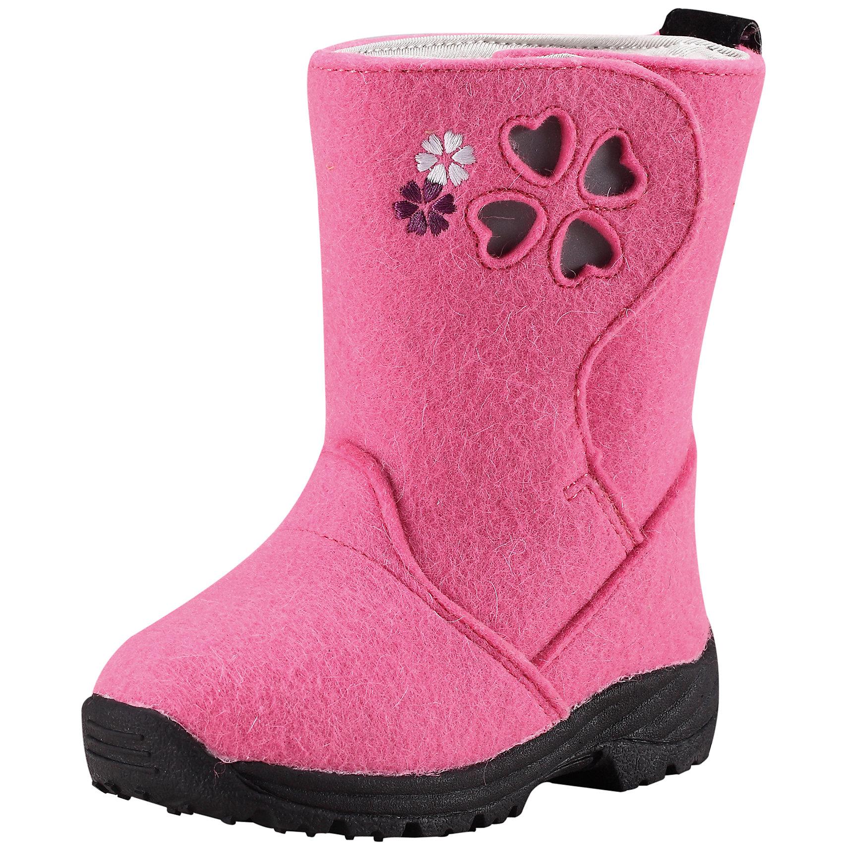 Ботинки для девочки ReimaНадёжная обувь для особенно холодных зимних дней: ботинки из фетра на каучуковой подошве, гарантирующей хорошее сцепление с поверхностью - это то, о чём дети могли только мечтать несколько десятилетий назад... Дополнительное утепление за счёт мягкой смеси шерсти и фетровых стелек, которые вынимаются. С помощью стелек можно легко проверить размер ботинка: впереди должно оставаться пространство в 1,5 см для движения и роста ноги. Эти супер-тёплые ботинки легко обуваются благодаря новой конструкции голенища, которое полностью расстёгивается и застёгивается с помощью липучек. Таким образом, вы можете отрегулировать ботинки, чтобы они плотно прилегали к ножке. Подошва из термопластичного каучука обеспечивает не только хорошее сцепление с поверхностью, но и теплоизоляцию. Благодаря рифлёному узору на подошве штрипки брюк и комбинезона будут надёжно сидеть на пятке. Забавные декоративные светоотражающие детали оживляют образ и обеспечивают дополнительную безопасность в темноте.<br><br>Детские ботинки Reima® ORIGINAL из фетра для особенно холодных зимних дней<br>Удобная и тёплая шерстяная подкладка<br>Стельки вынимаются, рисунок Happy Fit помогает правильно определить размер ноги<br> Подошва из термопластичного каучука обеспечивает хорошее сцепление с поверхностью<br>Светоотражающие детали на голенище<br>Состав:<br>Подошва: термопластичная резина, Верх: Шерсть<br>Высокая степень утепления (до - 30)<br><br>Ботинки Reima (Рейма) можно купить в нашем магазине.<br><br>Ширина мм: 237<br>Глубина мм: 180<br>Высота мм: 152<br>Вес г: 438<br>Цвет: розовый<br>Возраст от месяцев: 60<br>Возраст до месяцев: 72<br>Пол: Женский<br>Возраст: Детский<br>Размер: 29,28,24,26,25,27,30<br>SKU: 4209241