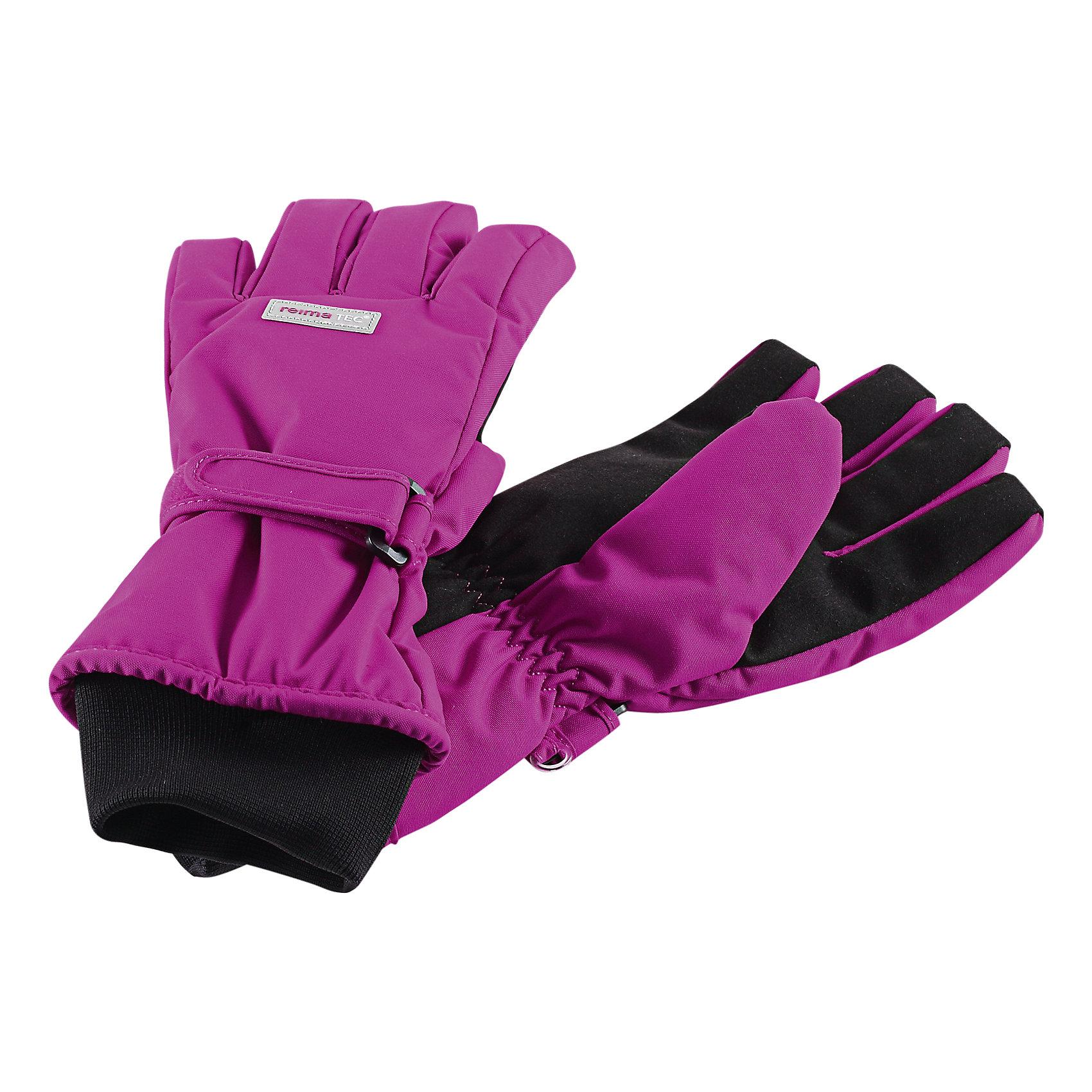 Перчатки для девочки Reimatec® ReimaТоповый продукт от Рейма, полностью водонепроницаемые, дышащие и мягкие детские зимние перчатки - Тарту снова с вами! Новые и улучшенные, в этом сезоне перчатки утеплены супер легким, сверхтеплым наполнителем PrimaLoft®! Изготовленные из ветрозащитного и дышащего материала с водонепроницаемой вставкой Hipora, эти перчатки гарантируют, что пальчики ребенка будут теплыми и сухими в любую погоду! Теплая флисовая подкладка дарит коже ощущение комфорта и уюта. Усиленный материал на ладошках, большом пальце и остальных пальцах позволяет крепко держать предметы и, безусловно, поможет в скатывании снежных шаров! Светоотражающие элементы также входят в набор. Легкие в уходе и приятные в носе перчатки можно сушить в центрифуге!<br><br>Зимние перчатки  Reimatec® (Рейматек) для малышей и детей<br>Водонепроницаемая вставка из Hipora<br>Теплая полиэстер-флисовая подкладка <br>Теплая набивка Primaloft, 170 г<br>Усиленные на ладошках, больших пальцах и пальцах<br>Возможна сушка в центрифуге<br><br>Состав:<br>100% ПА, ПУ-покрытие<br>Средняя степень утепления (до - 20)<br><br>Перчатки Reimatec® (Рейматек) Reima (Рейма) можно купить в нашем магазине.<br><br>Ширина мм: 162<br>Глубина мм: 171<br>Высота мм: 55<br>Вес г: 119<br>Цвет: розовый<br>Возраст от месяцев: 144<br>Возраст до месяцев: 168<br>Пол: Женский<br>Возраст: Детский<br>Размер: 8,7,3,6,5,4<br>SKU: 4210212