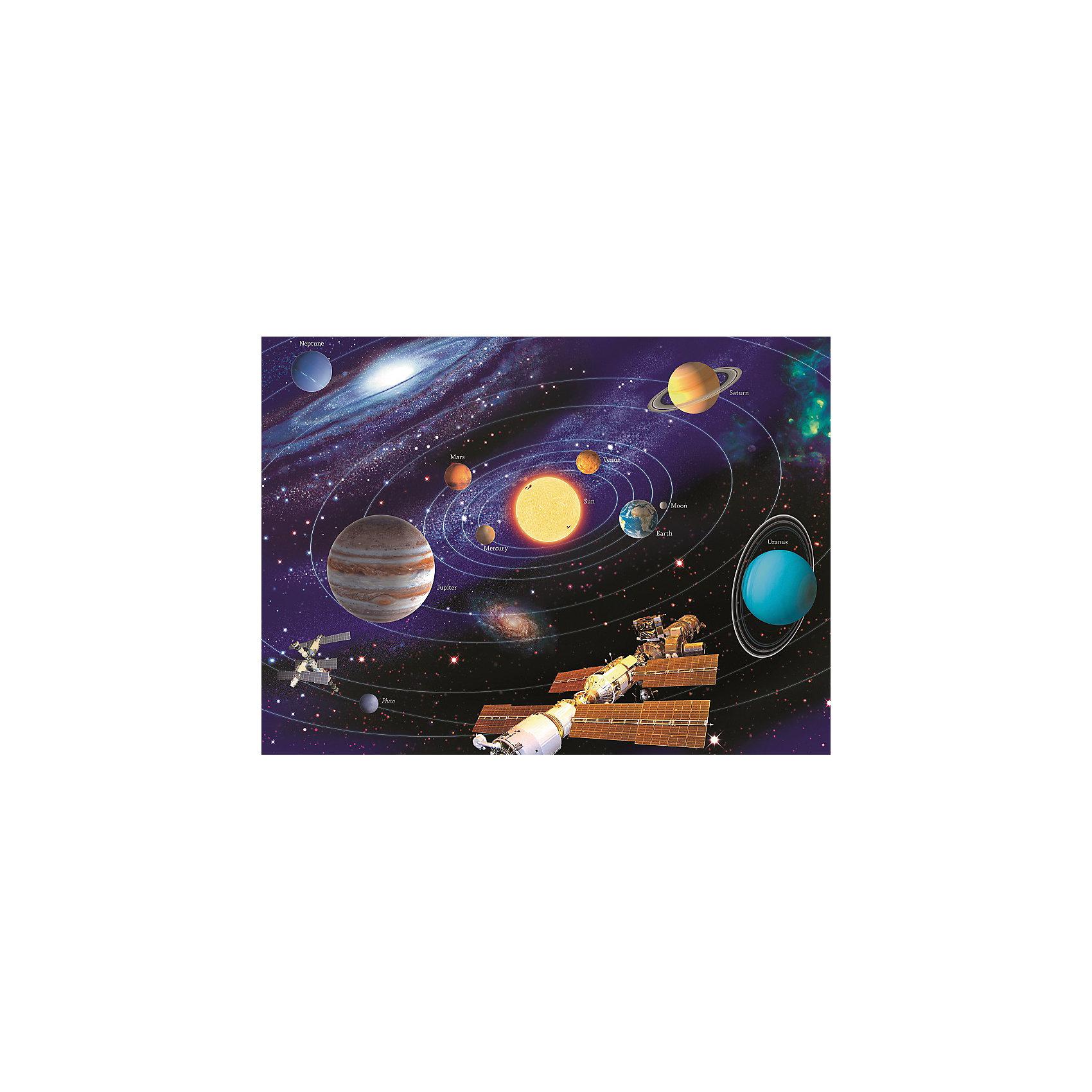 Пазл «Солнечная система» XXL 200 деталей, RavensburgerКлассические пазлы<br>Пазл «Солнечная система» XXL 200 деталей, Ravensburger (Равенсбургер) – яркий детский пазл, который понравится всем членам семьи.<br>Сюжет пазла «Солнечная система» предлагает нам взглянуть на мир космоса немного ближе, здесь и Земля, и Юпитер, и Луна и Солнце и даже МКС! Вот он холодный, но дико красивый космос, который пленяет и завораживает. Пазл состоит из 200 качественных картонных деталей, которые не ломаются, не подвергаются деформации при сборке. Каждая деталь имеет свою форму и подходит только на свое место. Элементы пазла идеально соединяются друг с другом, не отслаиваются с течением времени. Матовая поверхность исключает отблески. Пазлы Ravensburger (Равенсбургер)- это высочайшее качество картона и полиграфии. Пазлы - замечательная развивающая игра для детей. Собирание пазла развивает у ребенка мелкую моторику рук, тренирует наблюдательность, логическое мышление, знакомит с окружающим миром, с цветом и разнообразными формами, учит усидчивости и терпению, аккуратности и вниманию.<br><br>Дополнительная информация:<br><br>- Количество деталей: 200 шт.<br>- Размер картинки: 49 х 36 см.<br>- Материал: картон<br>- Размер упаковки: 34 х 23 х 4 см.<br>- Вес: 571 гр.<br><br>Пазл «Солнечная система» XXL 200 деталей, Ravensburger (Равенсбургер) можно купить в нашем интернет-магазине.<br><br>Ширина мм: 340<br>Глубина мм: 230<br>Высота мм: 40<br>Вес г: 571<br>Возраст от месяцев: 96<br>Возраст до месяцев: 168<br>Пол: Унисекс<br>Возраст: Детский<br>Количество деталей: 200<br>SKU: 4214567