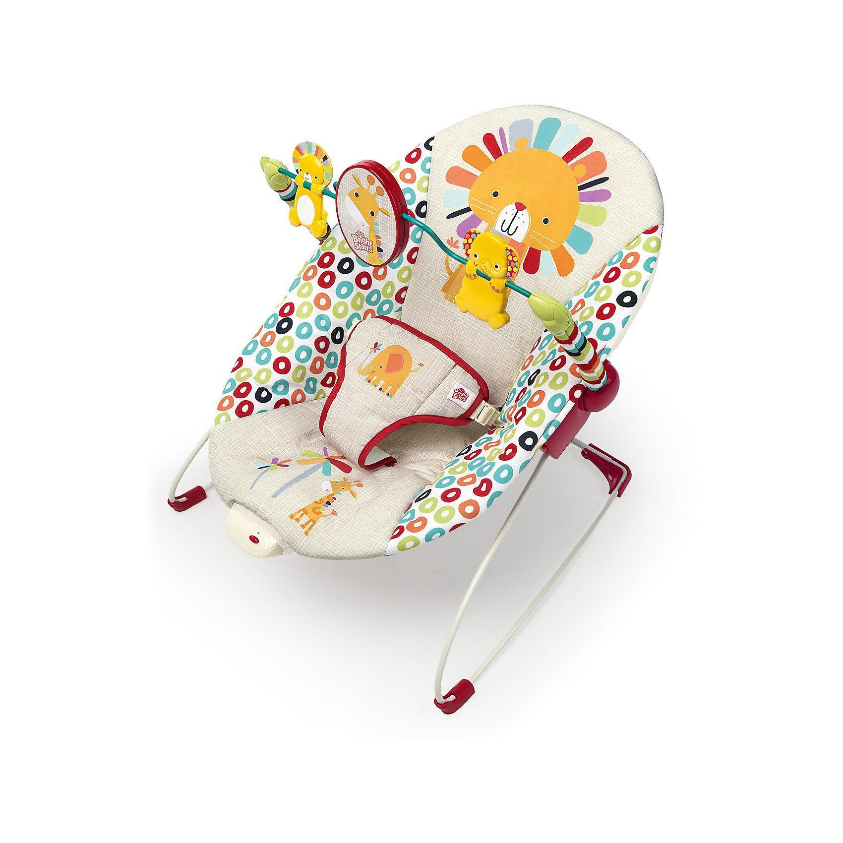 Кресло-качалка Веселые джунгли, Bright StartsЛегкое и удобное кресло-качалка Веселые джунгли, Bright Starts - замечательное место для игр и отдыха малыша с рождения до 9 кг. (6 месяцев). Яркие узоры и изображения забавных африканских животных привлекут внимание малыша. Анатомическая конструкция кресла обеспечивает правильное положение. Мягкое широкое сиденье со съемной моющейся подкладкой хорошо поддерживает спинку малыша и создает оптимальный комфорт. Ребенок надежно удерживается в кресле при помощи мягкого трехточечного ремня безопасности, ножки имеют антискользящее покрытие. Кресло оснащено функциями вибрации и механического качания назад-вперед, что поможет успокоить ребенка. Для развлечения малыша в комплекте предусмотрена съемная дуга с зеркальцем и подвесными игрушками (львенок и слоненок), которые будут способствовать двигательной активности, тактильному и сенсорному развитию. Кресло-качалка легко складывается и не занимает много места при хранении. Чехол из ткани можно стирать в стиральной машине при температуре 30 градусов. Максимальный вес ребенка - 9  кг.<br><br>Дополнительная информация:<br><br>- Материал: текстиль, пластик, металл.<br>- Возраст: 0-6 мес.<br>- Требуются батарейки: 4 x CLR14 (не входят в комплект).<br>- Размер в разложенном виде: 49 х 54 х 43 см.<br>- Размер упаковки: 57 x 46 x 9 см.<br>- Вес: 4,6 кг.<br><br>Кресло-качалку Веселые джунгли, Bright Starts, можно купить в нашем интернет-магазине.<br><br>Ширина мм: 502<br>Глубина мм: 324<br>Высота мм: 85<br>Вес г: 2690<br>Возраст от месяцев: 0<br>Возраст до месяцев: 12<br>Пол: Унисекс<br>Возраст: Детский<br>SKU: 4214630