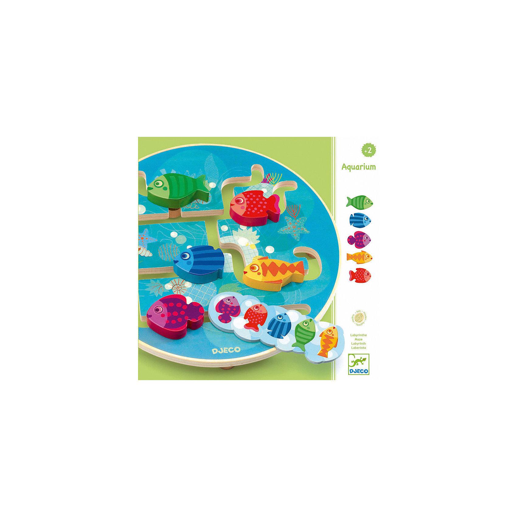 Настольная игра Аквариум, DJECOРазвивающие игры<br>Настольная игра Аквариум, Djeco (Джеко), - красочная увлекательная игра, которая обязательно понравится Вашему малышу. В комплекте Вы найдете круглое игровое поле голубого цвета в виде аквариума со специальными прорезями - полозьями. По полозьям перемещаются разноцветные яркие фигурки рыбок. Малышу нужно, передвигая фигурки по полозьям, расположить их в той цветовой последовательности, которая указана карточке с заданием. Крупные деревянные рыбки очень удобны для детских ручек. Все детали изготовлены из высококачественных материалов. Игра развивает логическое и пространственное мышление, внимательность, усидчивость, тренирует мелкую моторику.  <br><br>Дополнительная информация:<br><br>- В комплекте: игровое поле, 5 фигурок рыбок, 10 карточек с заданиями.<br>- Материал: дерево.<br>- Размер упаковки: 26,5 х 26,5 х 6 см.<br>- Вес: 0,8 кг.<br><br>Настольную игру Аквариум, Djeco (Джеко), можно купить в нашем интернет-магазине.<br><br>Ширина мм: 60<br>Глубина мм: 280<br>Высота мм: 10<br>Вес г: 880<br>Возраст от месяцев: 24<br>Возраст до месяцев: 72<br>Пол: Унисекс<br>Возраст: Детский<br>SKU: 4215009