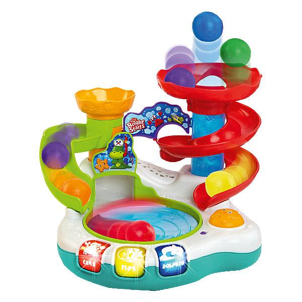 RU Развивающая игрушка Bright Starts «Аквапарк»Развивающие центры<br>Забавная игрушка подарит море удовольствия вашему малышу!<br><br>ОСОБЕННОСТИ<br>5 разноцветных мячиков.<br>Мячики скатываются с горки в бассейн, крутятся в нём и, попадая в трубу, выскакивают вверх. <br>Малышу понравится ловить мячики, вылетающие из трубы.<br>Нажмите на кнопочку и мячики начнут крутиться в бассейне под веселую музыку. <br>Панель с кнопочками аквапарка активирует световые и звуковые эффекты (тропические мелодии, простые звуки).<br>3 разноцветных кнопочки с  названиями животных.<br><br><br>Дополнительные характер<br><br>Ширина мм: 527<br>Глубина мм: 358<br>Высота мм: 134<br>Вес г: 1931<br>Возраст от месяцев: 12<br>Возраст до месяцев: 36<br>Пол: Унисекс<br>Возраст: Детский<br>SKU: 4222548