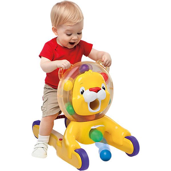 Ходунки-каталка Веселый лев, Bright StartsМашинки-каталки<br>Ходунки – каталка 3-в-1 растут вместе с вашим малышом! <br><br>Особенности<br>3 варианта использования: можно сидеть, ходить и ездить верхом<br>При любом варианте игры внутри гривы льва крутятся разноцветные шарики<br>Накорми льва шариками, а потом подними его медальон – и тогда шарики выкатятся наружу<br>Сиденье каталки поднимается, превращаясь в ручки для поддержания малыша во время ходьбы <br>Во время ходьбы каталка издает забавные звуки<br>Крутящиеся шарики, надежное сиденье и удобные ручки – все что нужно для весе<br><br>Ширина мм: 638<br>Глубина мм: 413<br>Высота мм: 175<br>Вес г: 3348<br>Возраст от месяцев: 6<br>Возраст до месяцев: 36<br>Пол: Унисекс<br>Возраст: Детский<br>SKU: 4222550