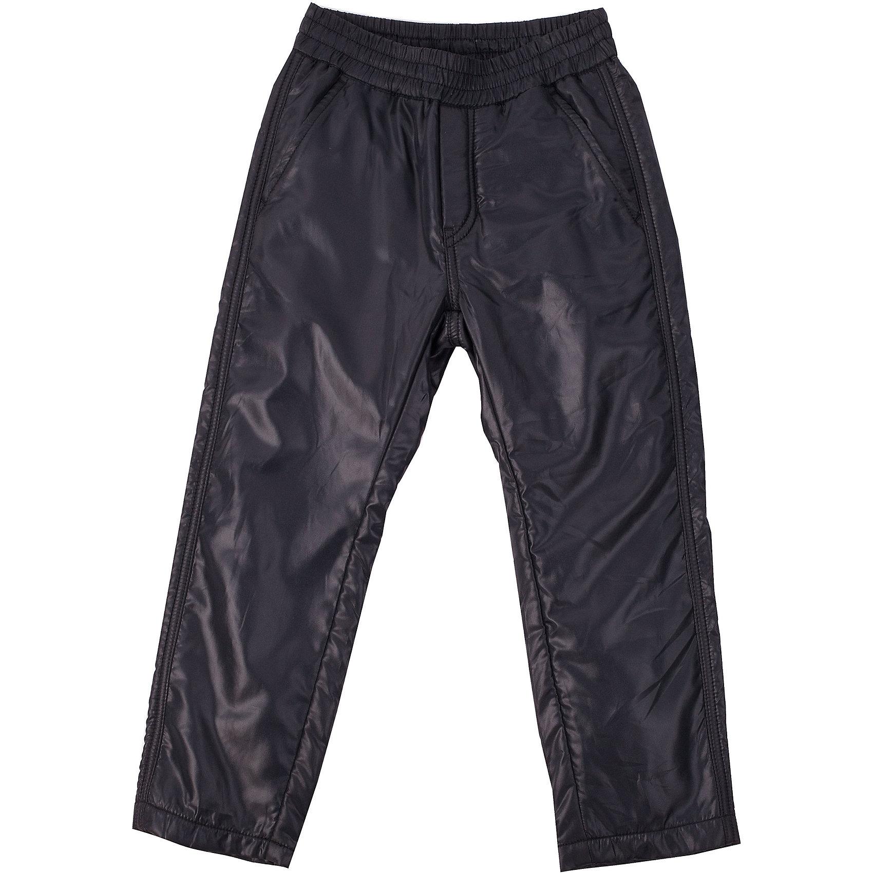 Брюки для мальчика Button BlueПлащевые брюки на флисе - гарантия тепла и защиты от влаги в прохладный промозглый день. Брюки имеют пояс на резинке и внутреннюю утяжку для комфортной носки.<br>Состав:<br>тк. верха:   100%полиэстер,                           подкл.:  100%полиэстер<br><br>Ширина мм: 215<br>Глубина мм: 88<br>Высота мм: 191<br>Вес г: 336<br>Цвет: черный<br>Возраст от месяцев: 48<br>Возраст до месяцев: 60<br>Пол: Мужской<br>Возраст: Детский<br>Размер: 146,128,116,158,110,140,122,134,104,152<br>SKU: 4226908