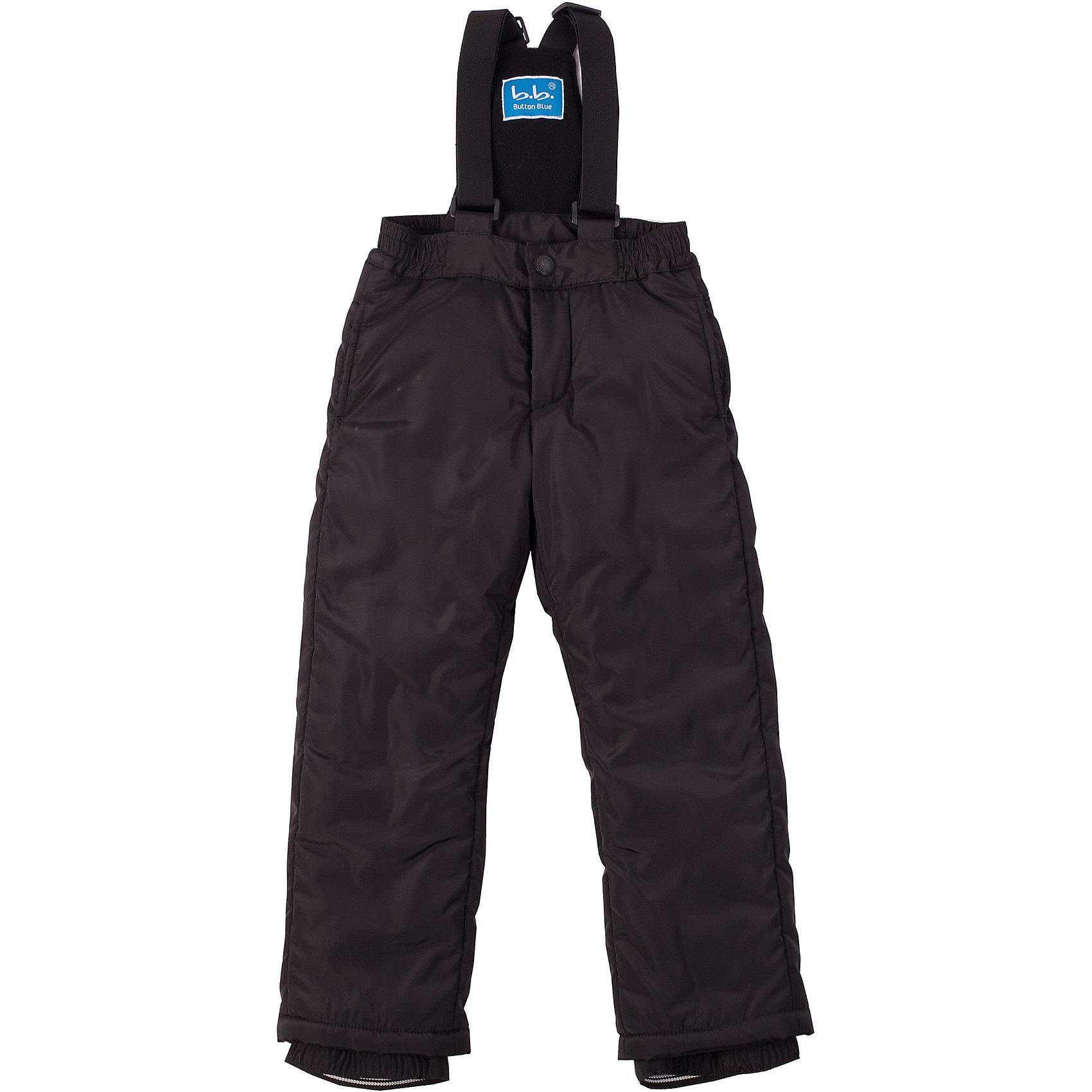 Полукомбинезон для мальчика Button BlueПолукомбинезон из плащевого материала на синтепоне - основная модель прогулочного гардероба ребенка. Он обеспечит тепло и уют, защитив ребенка от холода и промокания. Верхняя часть подкладки комбинезона выполнена из комфортного флиса. Комбинезон имеет внутренние манжеты на резинке, обеспечивающие защиту от попадания снега в обувь.<br>Состав:<br>тк. верха:                        100%полиэстер,                           подкл.:  100%полиэстер утепл.:         100%полиэстер<br><br>Ширина мм: 215<br>Глубина мм: 88<br>Высота мм: 191<br>Вес г: 336<br>Цвет: черный<br>Возраст от месяцев: 108<br>Возраст до месяцев: 120<br>Пол: Мужской<br>Возраст: Детский<br>Размер: 122,152,158,110,104,140,98,128,116,134,146<br>SKU: 4226931