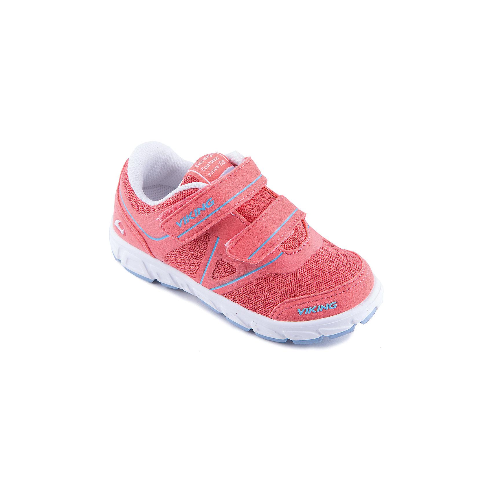 Кроссовки для девочки VIKINGКроссовки для девочки от марки VIKING - прекрасный вариант для повседневной носки или же активного отдыха. Модель на липучке имеет рифленую подошву, нос и задник из влагоустойчивого материала и тканевые вставки для вентиляции ноги. Кроссовки яркой расцветки изготовлены из высококачественных материалов, очень удобные и практичные. <br><br>Дополнительная информация:<br><br>- Тип застежки: липучка. <br>- Декоративные элементы: логотип бренда.<br>- Стирка: щадящий режим, 30 ?. <br>Параметры для размера 24.<br>- Толщина подошвы: 1,7 см.<br>- Высота каблука: 2,3 см.<br>Состав:<br>текстиль, искусственная кожа, этиленвинилацетат, натуральная резина.<br><br>Полуботинки для девочки VIKING (Викинг) можно купить в нашем магазине.<br><br>Ширина мм: 262<br>Глубина мм: 176<br>Высота мм: 97<br>Вес г: 427<br>Цвет: красный<br>Возраст от месяцев: 96<br>Возраст до месяцев: 108<br>Пол: Женский<br>Возраст: Детский<br>Размер: 24,25,26,28,29,30,32,27,31,33,34,35<br>SKU: 4233353