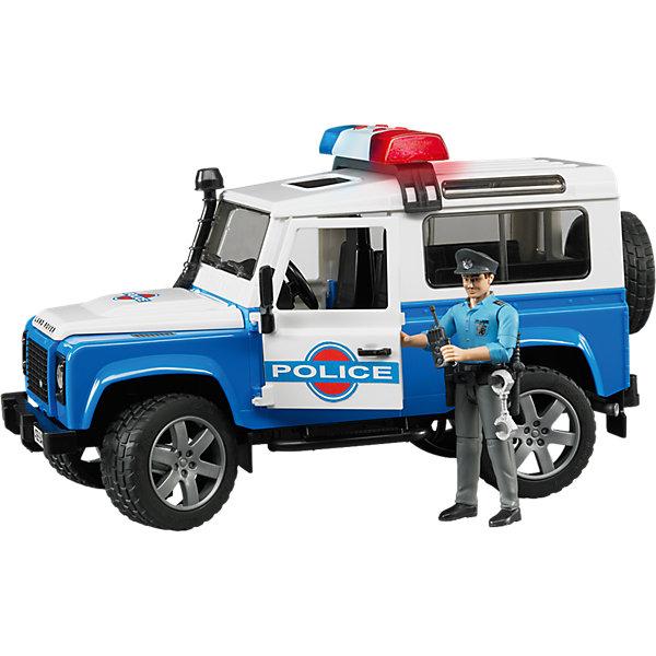 Внедорожник Land Rover Defender Полиция с фигуркой, BruderМашинки<br>Внедорожник Land Rover Defender Полиция с фигуркой, Bruder (Брудер) – это реалистичный игровой набор со звуковыми и световыми эффектами.<br>Внедорожник Land Rover Defender Полиция от немецкого производителя игрушек Bruder (Брудер) напоминает автомобиль марки Land Rover Defender Station Wagon и выглядит очень реалистично. Автомобиль выполнен в виде спецтранспорта полицейской службы, поэтому имеет соответствующий цвет кузова и декоративные надписи. Помимо открывающихся дверей, багажника и капота, а также съемных задних сидений, у машинки есть работающая рулевая передача - передние колеса поворачиваются вслед за рулем. Машинкой можно управлять через открытый люк в крыше при помощи специального рычага, который удлиняет рулевую стойку. На передних и задних осях внедорожника установлены амортизаторы, позволяющие машине ездить даже по неровной поверхности, преодолевая различные препятствия. Прорезиненные колеса с рельефными протекторами джипа выполнены очень правдоподобно. С левой стороны кабины проходит выхлопная труба. На задней двери находится запасное колесо. На внедорожник можно установить мигалку, которая работает в 4 звуковых режимах (звук работающего двигателя или один из трех видов сирены) и светится. Фигурка полицейского выполнена в отличном качестве, все детали тщательно проработаны. Руки и ноги игрушки подвижны, пазы на руках могут удерживать руль машинки и аксессуары из набора. В экипировку полицейского входят ремень, наручники, рация, фонарик, дубинка, пистолет и фуражка. Универсальный ремень пристегивается к фигурке при помощи специальной застежки и имеет места для крепления аксессуаров. Фуражку можно снимать и надевать. Продукция сертифицирована, экологически безопасна для ребенка, использованные красители не токсичны и гипоаллергенны.<br><br>Дополнительная информация:<br><br>- В комплекте: машинка, фигурка полицейского, универсальная мигалка, аксессуары<br>- Размер внедорожника: 28х14х15,