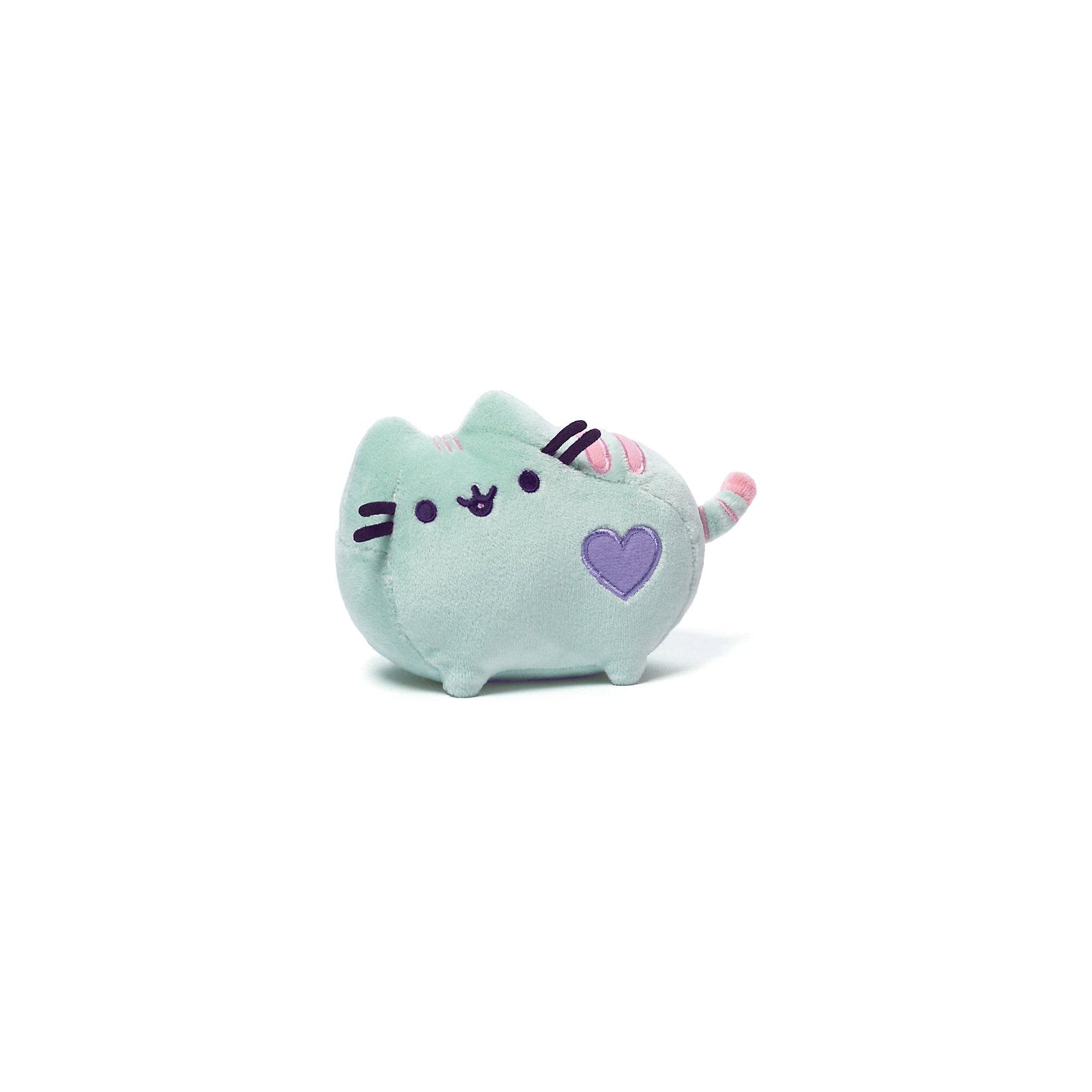 Кошечка Pusheen, 10 см, GundКошечка Pusheen, Gund - чудесная мягкая игрушка, которой будет рада девочка любого возраста. Кошечка приятной мятной расцветки, напоминает по форме подушечку, необыкновенно мягкая и приятная на ощупь. У игрушки забавная мордочка, полосатый хвостик и аппликация-сердечко. Прекрасно смотрится в качестве стильного аксессуара для маленькой модницы. Игрушка аккуратно сшита и отличается высоким качеством исполнения.<br><br>Дополнительная информация:<br><br>- Материал: плюш.<br>- Размер игрушки: 10 см.<br>- Общие габариты: 11 x 7 x 10,5 см.<br>- Вес: 0,15 кг. <br><br>Кошечку Pusheen, 10 см., Gund, можно купить в нашем интернет-магазине.<br><br>Ширина мм: 110<br>Глубина мм: 70<br>Высота мм: 105<br>Вес г: 150<br>Возраст от месяцев: 36<br>Возраст до месяцев: 1188<br>Пол: Женский<br>Возраст: Детский<br>SKU: 4241905
