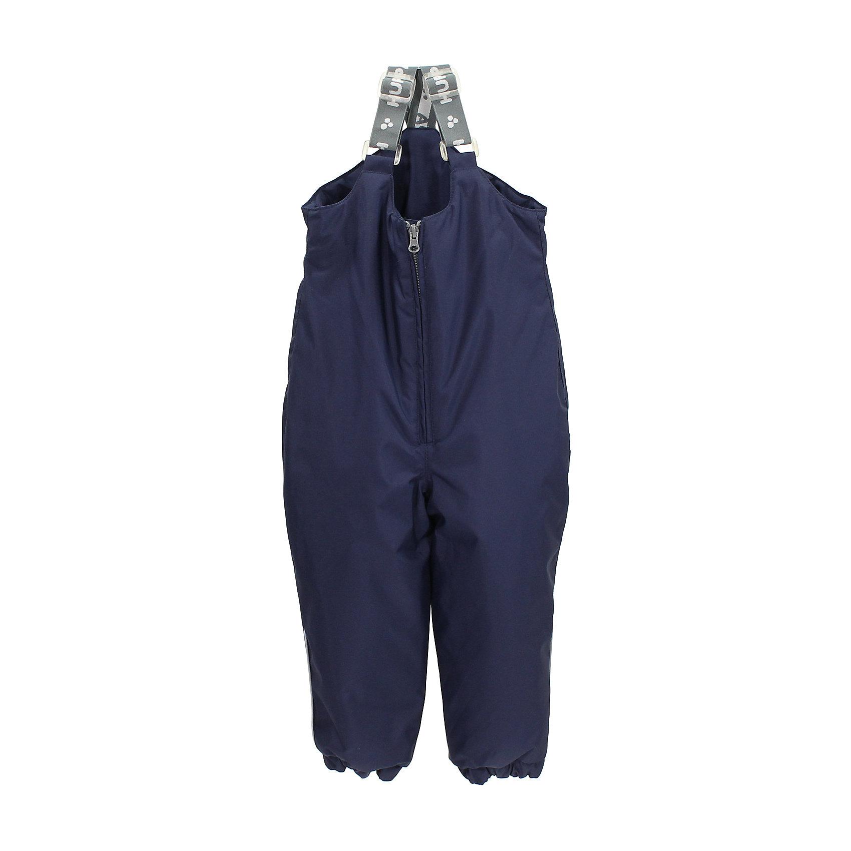 Полукомбинезон для мальчика HuppaКлассические зимние брюки для малышей с высоким поясом. У брюк приятная хлопковая фланелевая подкладка и отлично подходящая для нашего климата дышащая и водоотталкивающая ткань. Для удобства одевания маленького ребенка на брюках имеются регулируемые резиновые подтяжки, длинный замок и нижний край штанин на резинке. На брюках имеются надевающиеся под подошву резинки, которые предотвращают попадание снега в сапог, а светоотражающие детали в боковых швах позволят безопасно играть в снегу и более темное время.<br>Huppa (Хуппа)Therm 160 грамм<br> Высокотехнологичный лёгкий синтетический утеплитель нового поколения, сохраняет объём и высокую теплоизоляцию изделия, а также легко стирается и быстро сохнет.<br>Влагоустойчивая и дышащая ткань 10 000/ 10 000<br>Мембрана препятствует прохождению воды и ветра сквозь ткань внутрь изделия, позволяя испаряться выделяемой телом, образовывающейся внутри влаге.<br>Проклеенные швы<br>Для максимальной влагонепроницаемости изделия, важнейшие швы проклеены водостойкой лентой.<br>Прочная ткань<br>Сплетения волокон в тканях выполнены по специальной технологии, которая придаёт ткани прочность и предохранят от истирания.<br>Светоотражательные детали<br>При плохих погодных условиях или в темноте, когда свет падает на одежду, он отражается, делая ребёнка более заметным, уменьшая возможность несчастных случаев.<br><br>Дополнительная информация:<br><br>Температурный режим: от 0° до -25°С<br>Ткань: 100% полиэстер<br>Подкладка: фланель - 100% хлопок<br>Утеплитель: 100% полиэстер 160г.<br>Шаговый шов проклеены<br><br>Полукомбинезон для мальчика Huppa (Хуппа) можно купить в нашем магазине.<br><br>Ширина мм: 215<br>Глубина мм: 88<br>Высота мм: 191<br>Вес г: 336<br>Цвет: синий<br>Возраст от месяцев: 12<br>Возраст до месяцев: 18<br>Пол: Мужской<br>Возраст: Детский<br>Размер: 86,80,92,98,104<br>SKU: 4242346