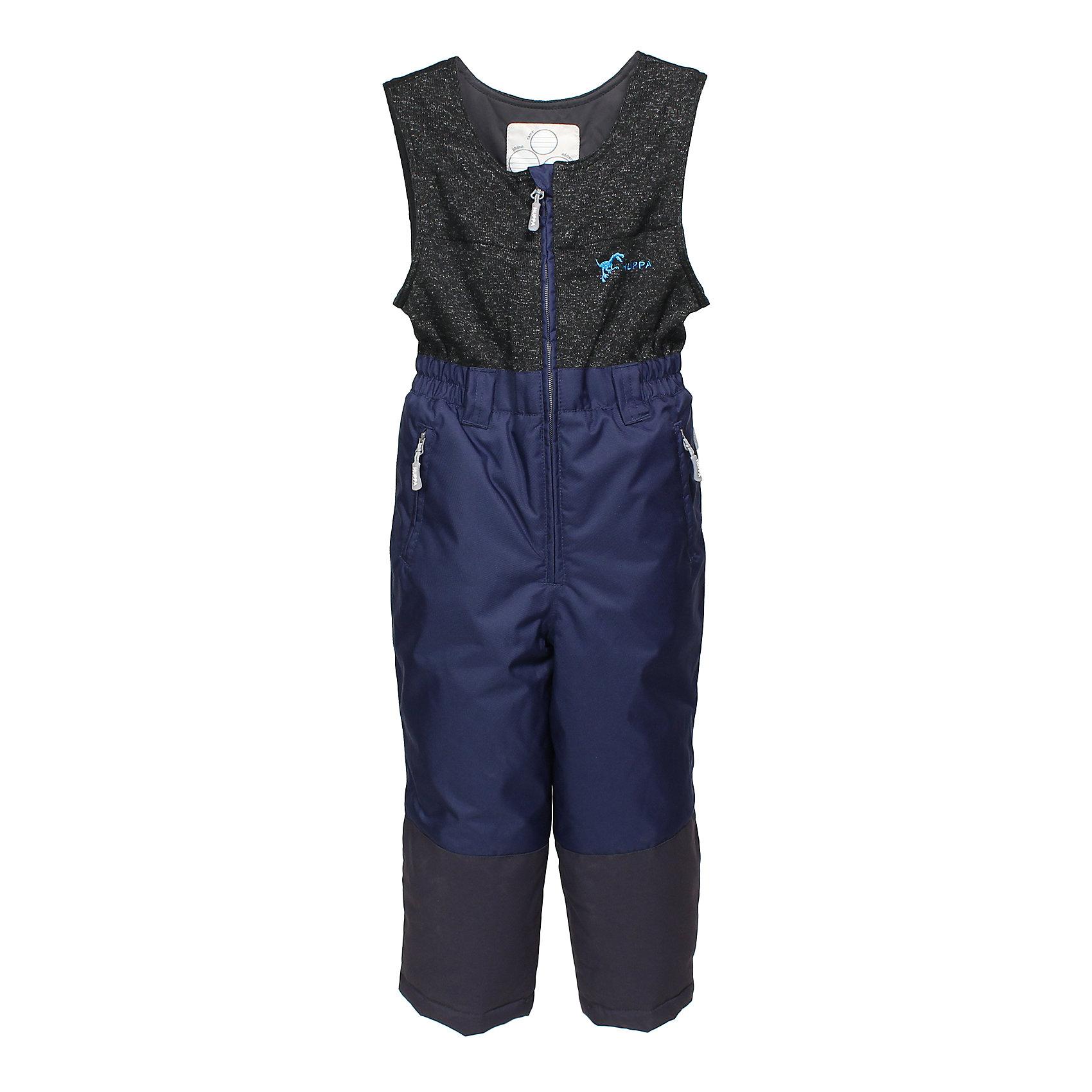 Брюки для мальчика HuppaВерхняя одежда<br>Закрывающийся спереди на молнию детский полукомбинезон с укрепленными внизу штанинами. У брюк подкладка из тафты и отлично подходящая для нашего климата дышащая и водоотталкивающая ткань. В нижней части штанин имеется защита от снега и возможность регулирования, которые защитят от попадания снега в сапоги, а также проклеенные швы, чтобы ребенок был сухим и теплым. Для хранения ценных вещей идеально подойдут карманы на молнии.<br>Huppa (Хуппа)Therm 160 грамм<br>Высокотехнологичный лёгкий синтетический утеплитель нового поколения, сохраняет объём и высокую теплоизоляцию изделия, а также легко стирается и быстро сохнет.<br>Влагоустойчивая и дышащая ткань 10 000/ 10 000<br>Мембрана препятствует прохождению воды и ветра сквозь ткань внутрь изделия, позволяя испаряться выделяемой телом, образовывающейся внутри влаге.<br>Проклеенные швы<br>Для максимальной влагонепроницаемости изделия, важнейшие швы проклеены водостойкой лентой.<br>Прочная ткань<br>Сплетения волокон в тканях выполнены по специальной технологии, которая придаёт ткани прочность и предохранят от истирания.<br>Светоотражательные детали<br>При плохих погодных условиях или в темноте, когда свет падает на одежду, он отражается, делая ребёнка более заметным, уменьшая возможность несчастных случаев.<br><br>Дополнительная информация:<br><br>Температурный режим: от 0° до -25°С<br>Ткань: 100% полиэстер<br>Подкладка: тафта - 100% полиэстер<br>Утеплитель: 100% полиэстер 160г.<br>Шаговый шов, внутренние и <br>боковые швы проклеены<br><br>Комбинезон для мальчика Huppa (Хуппа) можно купить в нашем магазине.<br><br>Ширина мм: 356<br>Глубина мм: 10<br>Высота мм: 245<br>Вес г: 519<br>Цвет: синий<br>Возраст от месяцев: 60<br>Возраст до месяцев: 72<br>Пол: Мужской<br>Возраст: Детский<br>Размер: 116,98,146,128,140,152,110,134,122,104<br>SKU: 4242385