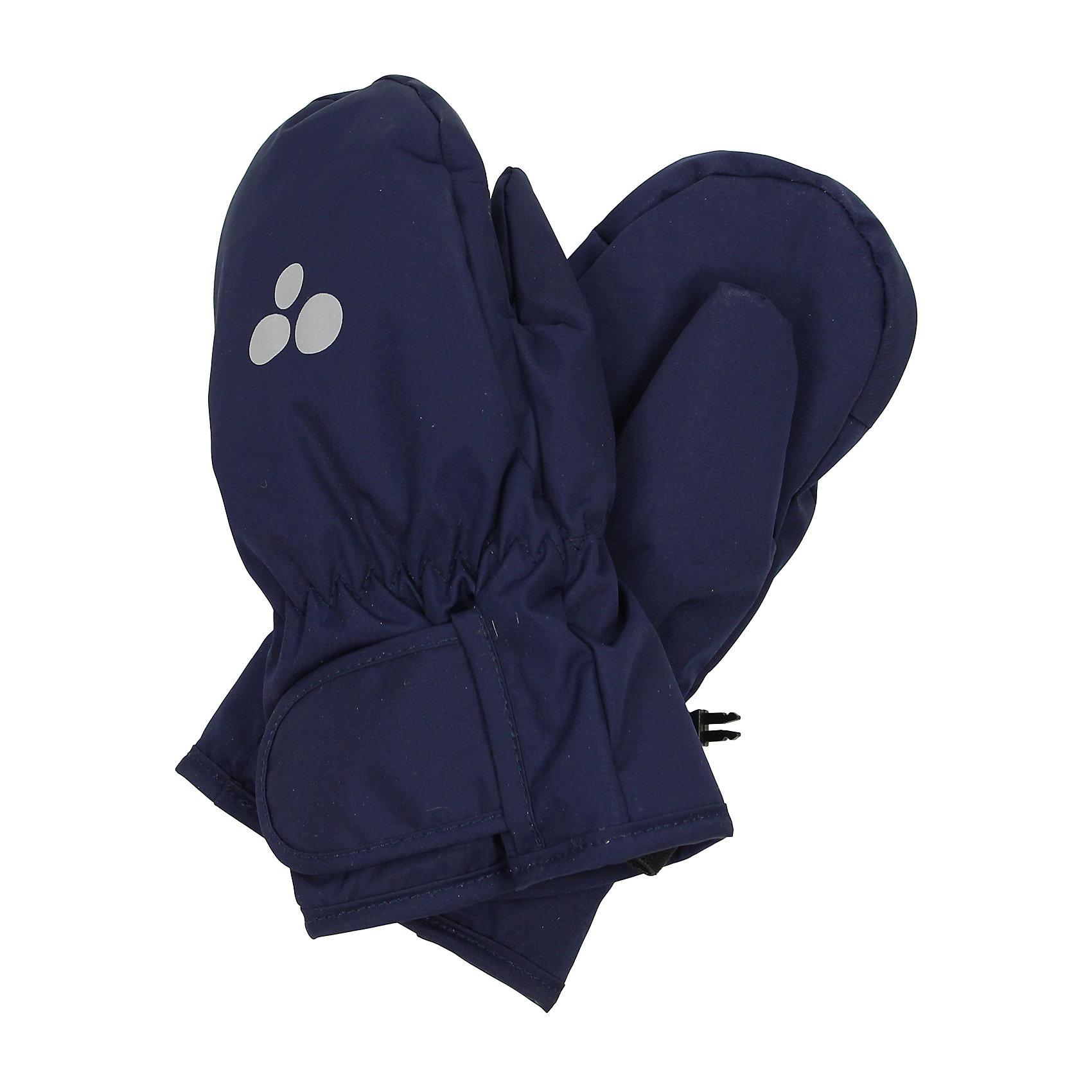Варежки для мальчика HuppaДетские зимние варежки ярких цветов. У варежек приятная подкладка из полиэстера и дышащая и водоотталкивающая ткань, которая поможет держать руки в сухости и тепле. В середину вшита резинка, а на запястье - регулируемая застежка-липучка, которые помогут варежкам надежно держаться на руках. Чтобы варежки не терялись, для удобства использования варежек добавлена резиновая лента, а в качестве украшения - светящиеся в темноте шарики с логотипом Huppa (Хуппа). Маленькие зажимы в средней части помогут держать пару варежек вместе после использования. <br><br>Варежки для мальчика Huppa (Хуппа) можно купить в нашем магазине.<br><br>Ширина мм: 162<br>Глубина мм: 171<br>Высота мм: 55<br>Вес г: 119<br>Цвет: синий<br>Возраст от месяцев: 48<br>Возраст до месяцев: 72<br>Пол: Мужской<br>Возраст: Детский<br>Размер: 2,4,1,3,5<br>SKU: 4242814