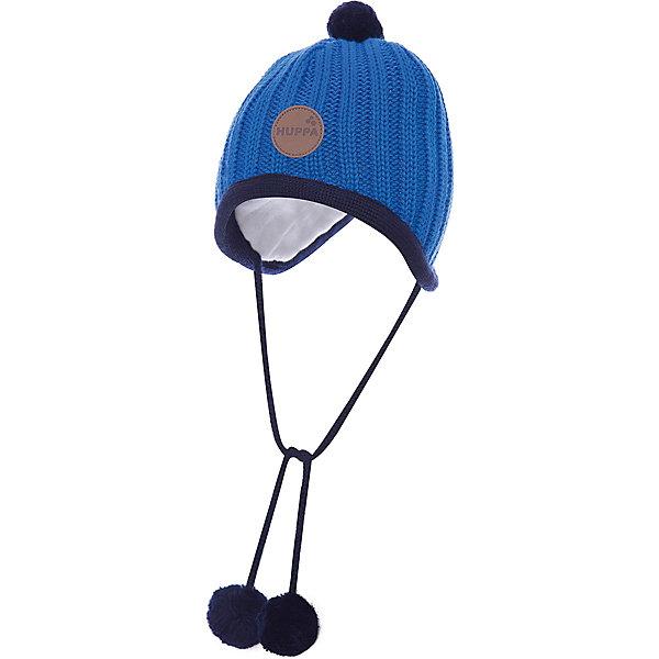 Шапка Huppa Jakob для мальчикаШапочки<br>Характеристики товара:<br><br>• модель: Jakob;<br>• цвет: синий;<br>• состав: 50% шерсть мериноса, 50% акрил; <br>• подкладка: 100% хлопок;<br>• утеплитель: без дополнительного утепления;<br>• сезон: зима;<br>• температурный режим: от 0°С до -25°С;<br>• особенности: вязаная, с помпоном, на завязках;<br>• завязки с помпонами;<br>• эмблема спереди;<br>• страна бренда: Финляндия;<br>• страна изготовитель: Эстония.<br><br>Зимняя вязаная шапка Huppa выполнена из смеси шерсти мериноса и акрила. Для защиты от холодных ветров у шапки имеются ленты с помпонами, при помощи которых шапку можно завязать и защитить уши от холода. Шапка с помпоном.<br><br>Шапку Huppa Jakob (Хуппа) можно купить в нашем интернет-магазине.<br>Ширина мм: 89; Глубина мм: 117; Высота мм: 44; Вес г: 155; Цвет: голубой; Возраст от месяцев: 9; Возраст до месяцев: 12; Пол: Мужской; Возраст: Детский; Размер: 43-45,39-43,51-53,47-49; SKU: 4242872;