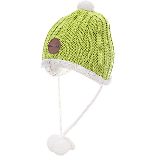 Шапка HuppaШапочки<br>Вязанная «резинкой» зимняя шапка для малышей. Для удобства ношения у шапки приятная подкладка из хлопкового трикотажа, наружная часть из смеси 50% мериносовой шерсти и 50% акриловой пряжи. Для защиты от холодных ветров у шапки имеются ленты с помпонами, при помощи которых шапку можно завязать и защитить уши от холода. <br><br>Шапку Huppa (Хуппа) можно купить в нашем магазине.<br><br>Ширина мм: 89<br>Глубина мм: 117<br>Высота мм: 44<br>Вес г: 155<br>Цвет: зеленый<br>Возраст от месяцев: 2<br>Возраст до месяцев: 5<br>Пол: Унисекс<br>Возраст: Детский<br>Размер: 47-49,43-45,39-43,51-53<br>SKU: 4242882