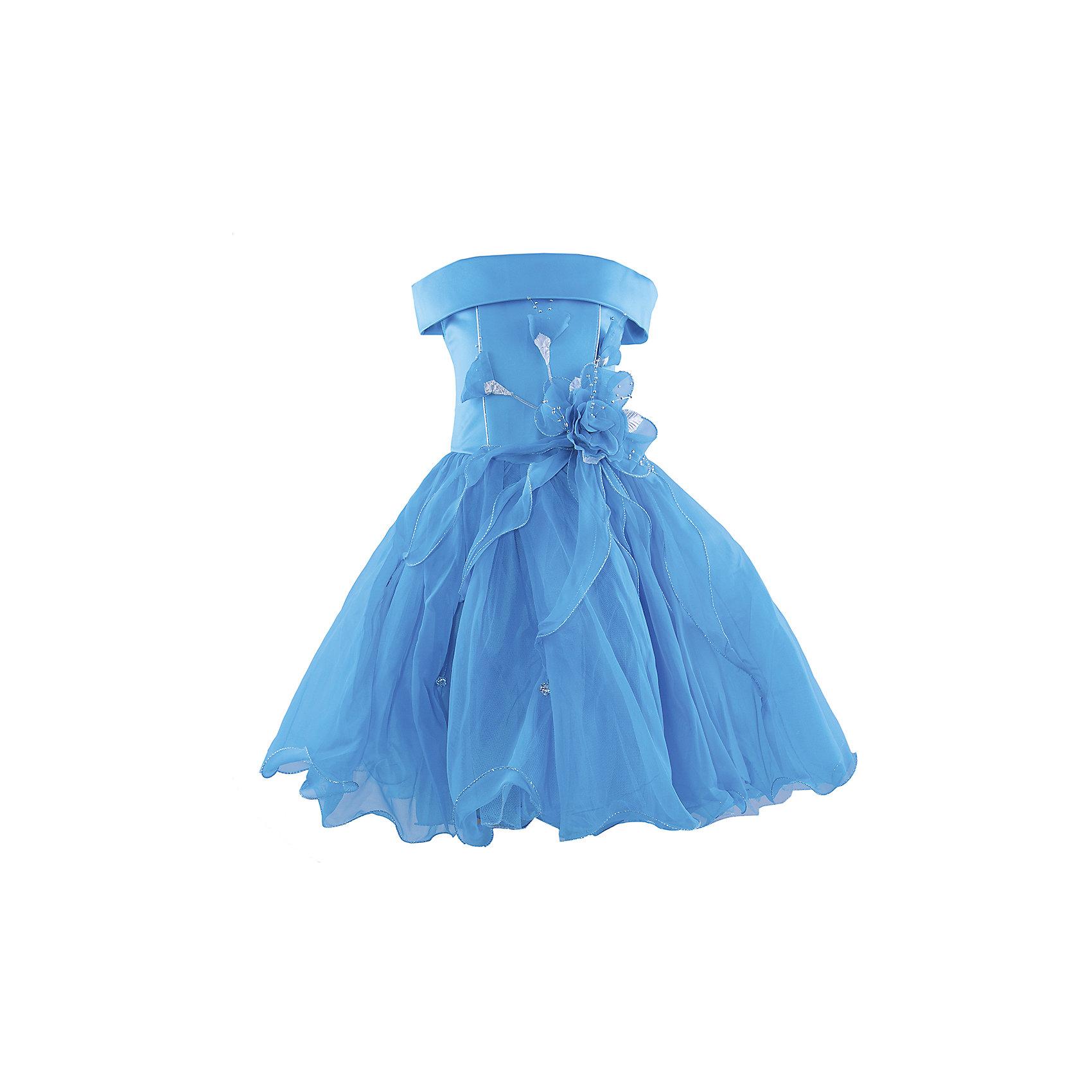 Нарядное платье ШармельНарядное платье для девочки от российской марки Шармель<br><br>Длинное пышное платье как у принцессы - мечта каждой девочки. Данное платье смотрится очень празднично и воздушно. На любом празднике ребенок в нем будет выглядеть нарядно, эффектно и торжественно.<br><br>Особенности модели:<br><br>- состав: 100% полиэстер; подкл.: 100% хлопок<br>- материал - с блеском;<br>- цвет - бирюзовый;<br>- подол - многослойный, пышный, с полужестким каркасом из сетки;<br>- без рукавов;<br>- можно утянуть лиф шнуровкой;<br>- сзади застежка-молния;<br>- резинка на прорезях для рукавов;<br>- лиф жесткий, украшен цветами из органзы с серебристой фурнитурой.<br><br>Дополнительная информация:<br><br>Габариты:<br><br>длина по спинке - 71 см.<br><br>* соответствует размеру 104/116<br><br>Нарядное платье для девочки от российской марки Шармель можно купить в нашем магазине.<br><br>Ширина мм: 236<br>Глубина мм: 16<br>Высота мм: 184<br>Вес г: 177<br>Цвет: голубой<br>Возраст от месяцев: 24<br>Возраст до месяцев: 36<br>Пол: Женский<br>Возраст: Детский<br>Размер: 92/98,104/116<br>SKU: 4243358