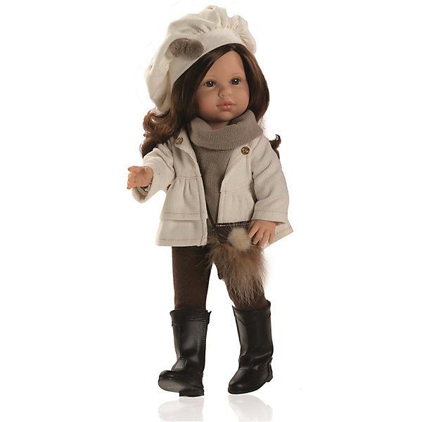 Кукла Эшли, 40 см, Paola ReinaИдеи подарков<br>Кукла Эшли, 40 см, Paola Reina (Паола Рейна) – эта очаровательная кукла станет прекрасным подарком для вашей девочки.<br>Кукла Эшли, Paola Reina (Паола Рейна) из серии Сой Ту (Я это Ты) – это красивая кукла, которая с радостью станет верной подружкой вашей девочке. У куклы красивые глазки, длинные реснички и длинные темные волосы, которые малышка сможет расчесывать и укладывать в самые разнообразные прически. Эшли одета в костюмчик из штанишек и водолазки коричневого цвета, и бежевую велюровую курточку. На голове у куколки забавная шапочка в тон костюму. В руках маленькая сумочка. На ногах – высокие сапожки. Кукла имеет уникальный, неповторимый дизайн лица и тела - все мельчайшие делали, идеально выполнены и проработаны. Голова, руки и ножки двигаются, глаза закрываются. Особый шарм кукле придает приятный и легкий ванильный аромат. Кукла изготовлена из качественного и экологически чистого винила. Благодаря пяти точкам артикуляции и мягкости винила, ее удобно переодевать.<br><br>Дополнительная информация:<br><br>- Ручная работа (ресницы, щечки, губы, прическа) делает кукол от Paola Reina настолько натуральными, что их лицо выглядит совсем как живое<br>- Волосы очень похожи на натуральные, они легко расчесываются и блестят<br>- Глазки закрываются!<br>- Одежда из высококачественного текстиля<br>- Материалы: кукла изготовлена из винила, глаза выполнены в виде кристалла из прозрачного твердого пластика, волосы сделаны из высококачественного нейлона<br>- Национальность: европейка<br>- Рост куклы: 40 см.<br>- Упаковка: картонная коробка<br>- Качество подтверждено нормами безопасности EN17 ЕЭС<br><br>Куклу Эшли, 40 см, Paola Reina (Паола Рейна) можно купить в нашем интернет-магазине.<br><br>Ширина мм: 250<br>Глубина мм: 120<br>Высота мм: 500<br>Вес г: 1333<br>Возраст от месяцев: 36<br>Возраст до месяцев: 144<br>Пол: Женский<br>Возраст: Детский<br>SKU: 4243815