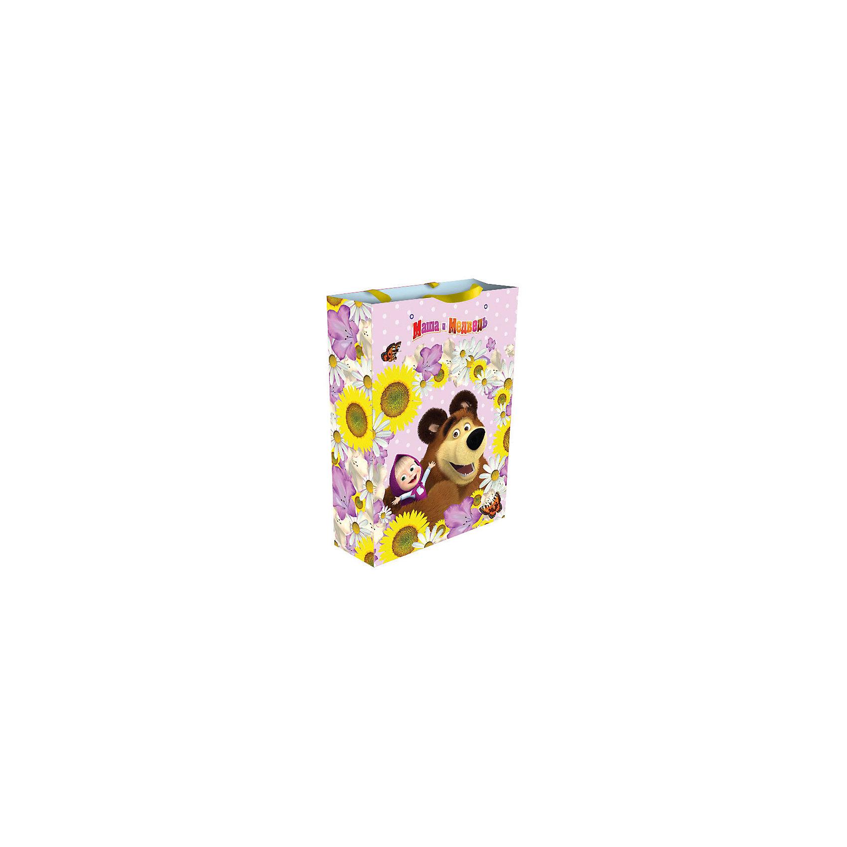 Пакет подарочный Маша  35*25*9 см, Маша и МедведьПодарочный пакет Маша, Маша и Медведь, поможет Вам красиво и оригинально оформить подарок для девочки. Пакет нежно-розовой расцветки и с двумя ленточными ручками украшен изображением девочки Маши и ее друга Миши из популярного отечественного мультсериала<br>Маша и Медведь. <br><br>Дополнительная информация:<br><br>- Материал: бумага. <br>- Размер пакета: 35 х 25 х 9 см.<br>- Вес: 78 гр.<br><br>Пакет подарочный Маша, Маша и Медведь, можно купить в нашем интернет-магазине.<br><br>Ширина мм: 350<br>Глубина мм: 250<br>Высота мм: 5<br>Вес г: 78<br>Возраст от месяцев: 36<br>Возраст до месяцев: 108<br>Пол: Унисекс<br>Возраст: Детский<br>SKU: 4244174