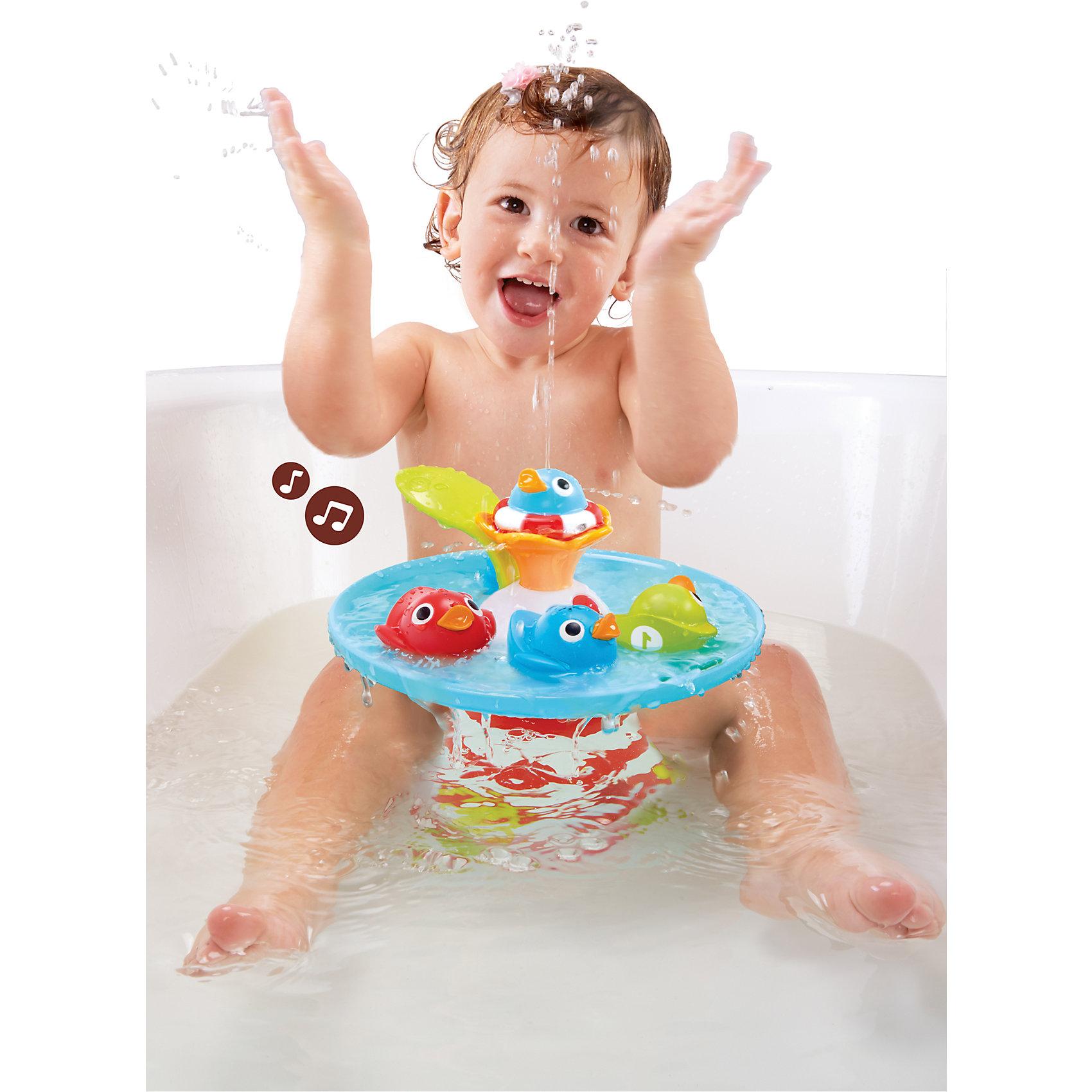 Музыкальная игрушка Утиные гонки, YookidooИгрушки для ванной<br>Музыкальная игрушка Утиные гонки, Yookidoo, позабавит и развлечет Вашего малыша во время купания. Игрушка представляет собой красочный фонтан с 4-мя фигурками уточек, которые кружатся по специальному желобку, наполняемому водой. Переключая на корпусе игрушки рычажок-листочек ребенок запускает забавные музыкальные и водные эффекты. Уточки кружатся вокруг фонтана, издавая забавные звуки и выпуская струйки воды. Всего в игрушке 9 различных музыкальных и водных эффектов. Имеется функция отключения звука. Игра развивает<br>координацию движений, причинно-следственное мышление, дает представление о таких физических свойствах как пустота-заполненность и плавучесть и ее отсутствие.<br><br>Дополнительная информация:<br><br>- В комплекте: фонтан, 4 разноцветные фигурки уток.<br>- Материал: пластик.<br>- Требуются батарейки: 4 х АА (в комплект не входят).<br>- Размер упаковки: 24,5 х 22,5 х 27,5 см.<br>- Вес: 0,91 кг.<br><br>Музыкальную игрушку Утиные гонки, Yookidoo, можно купить в нашем интернет-магазине.<br><br>Ширина мм: 25<br>Глубина мм: 28<br>Высота мм: 23<br>Вес г: 910<br>Возраст от месяцев: 6<br>Возраст до месяцев: 36<br>Пол: Унисекс<br>Возраст: Детский<br>SKU: 4244274