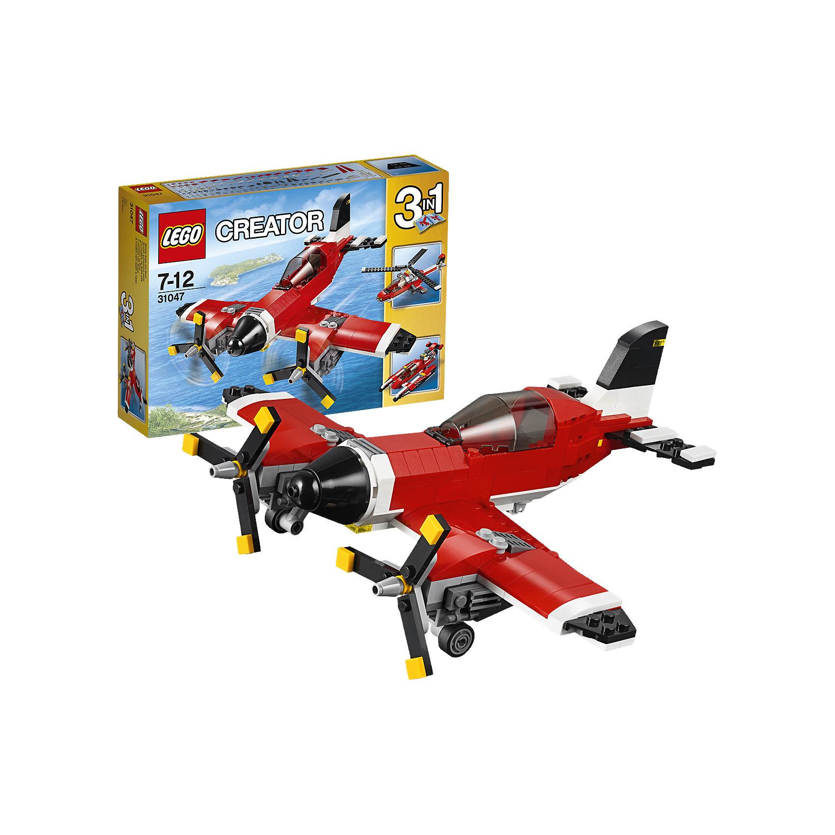 LEGO Creator 31047: Путешествие по воздухуПластмассовые конструкторы<br>Испытай этот классический самолёт, раскрашенный в красный, белый и черный цвета и оснащённый вращающимися винтами и открывающейся кабиной с местом для минифигурки (не входит в комплект). Прыгай в кабину, оставь взлётную полосу внизу и взлетай под облака. Когда полёт закончится, выпускай шасси, чтобы совершить идеальную посадку! Перестрой модель в высокотехнологичный гидроплан или вертолёт.<br><br>LEGO Creator (Лего Криэйтор) - серия конструкторов Лего, с помощью которых можно создать самые невероятные и детализированные постройки, оригинальных героев, необыкновенные транспортные средства. Из деталей одного набора можно построить несколько разных моделей. С конструкторами Лего Криэйтор ребёнок сможет каждый день придумывать новые игровые сюжеты, создавать фантастический мир, воплощая фантазии в реальность.  <br><br>Дополнительная информация:<br><br>- Конструкторы ЛЕГО развивают усидчивость, внимание, фантазию и мелкую моторику. <br>- Комплектация: самолет.<br>- Количество деталей: 230<br>- Серия LEGO Creator (Лего Криэйтор).<br>- Материал: пластик.<br>- Размер упаковки: 26х6х19 см.<br>- Вес: 0.402  кг.<br><br>LEGO Creator 31047: Путешествие по воздуху можно купить в нашем магазине.<br><br>Ширина мм: 263<br>Глубина мм: 190<br>Высота мм: 66<br>Вес г: 412<br>Возраст от месяцев: 84<br>Возраст до месяцев: 144<br>Пол: Мужской<br>Возраст: Детский<br>SKU: 4259024