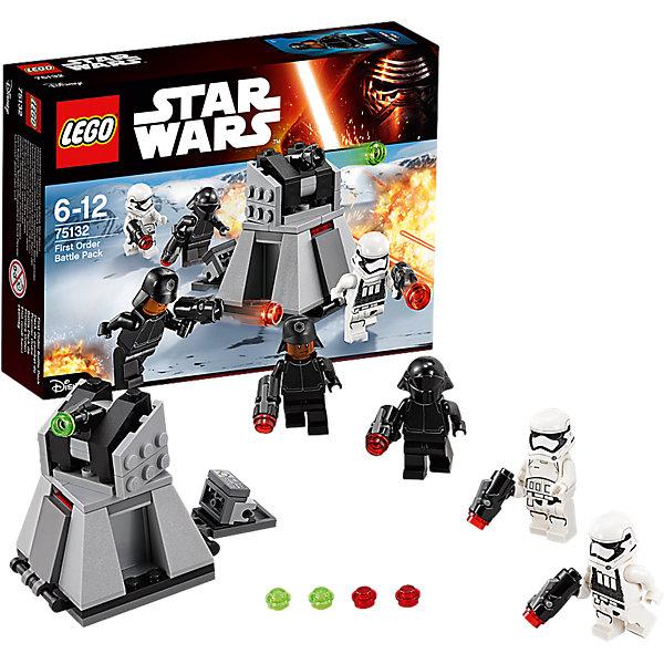 LEGO Star Wars 75132: Боевой набор Первого ОрденаИгрушки<br>LEGO Star Wars (ЛЕГО Звездные войны) 75132: Боевой набор первого ордена станет прекрасным подарком для всех поклонников знаменитой киносаги. Воссоздай захватывающие сцены из 7 эпизода Звездные Войны. Пробуждение Силы и устрой грандиозное сражение между силами Первого Ордена и бойцами Сопротивления. В комплекте Вы найдете все необходимые детали для сборки мощного турболазера - эффективного средства, которое часто использовал Первый Орден для борьбы с вражеской пехотой. Модель напоминает трапециевидную платформу и состоит из серых и черных деталей. На верхней части платформы расположена вращающаяся башня с пушкой, ведущей обстрел  не только наземной техники, но и низколетящих истребителей Сопротивления. У основания имеются отсеки, которые открываются, предоставляя доступ к боеприпасам и панели управления турболазером. В комплект входят четыре минифигурки солдат Первого Ордена с оружием. <br><br>Все конструкторы серии ЛЕГО Звездные войны созданы по мотивам знаменитой киносаги Звездные войны и воспроизводят самые популярные сюжеты и эпизоды фильма. В наборах представлены все основные средства вооружения и боевые единицы, задействованные в фильме.<br>Фантастические истребители, машины, роботы, оружие, фигурки персонажей выполнены очень реалистично, с высокой степенью детализации.<br><br>Дополнительная информация:<br><br>- Игра с конструктором LEGO (ЛЕГО) развивает мелкую моторику ребенка, фантазию и воображение, учит его усидчивости и внимательности.<br>- Количество деталей: 88.<br>- Количество минифигур: 4.<br>- Серия: LEGO Star Wars (ЛЕГО Звездные войны).<br>- Материал: пластик.<br>- Размер упаковки: 19,5 х 4,5 х 14 см.<br>- Вес: 0,125 кг.<br><br>Конструктор LEGO Star Wars (ЛЕГО Звездные войны) 75132: Confidential Battle pack Episode 7 Villa можно купить в нашем интернет-магазине.<br><br>Ширина мм: 193<br>Глубина мм: 140<br>Высота мм: 50<br>Вес г: 115<br>Возраст от месяцев: 72<br>Возраст до месяцев: 144<br>Пол