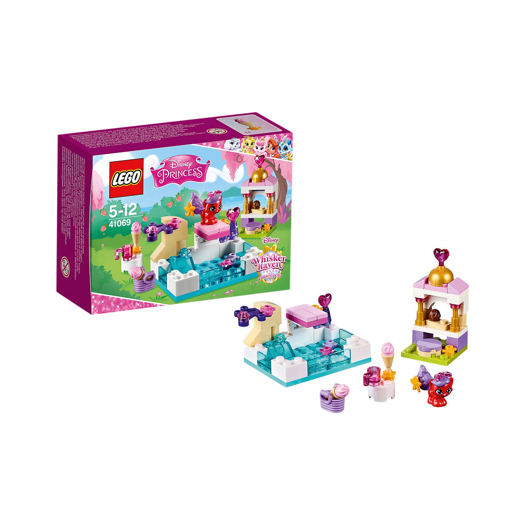 LEGO Disney Princesses 41069: Королевские питомцы: ЖемчужинкаLEGO Принцессы Дисней  41069: Королевские питомцы: Жемчужинка непременно понравится всем юным поклонницам диснеевских волшебных сказок. Жемчужинка - необычный котенок, она принадлежит Ариэль и просто обожает воду! Очаровательная кошечка любит проводить время в бассейне, ныряя с вышки и катаясь с водной горки. После водных забав проводи Жемчужинку в кафе-мороженое и помоги найти лакомство, которое ей больше нравится. Все детали выполнены из высококачественного пластика и прекрасно дополнят любой набор аналогичной серии. <br><br>Серия конструкторов Lego Disney Princess создана специально для девочек и посвящена принцессам из мультфильмов Диснея. Наборы состоят из деталей необычных ярких расцветок, красивых миникуколок и множества сказочных аксессуаров.<br><br>Дополнительная информация:<br><br>- Игра с конструктором LEGO (ЛЕГО) развивает мелкую моторику ребенка, фантазию и воображение, учит его усидчивости и внимательности.<br>- Количество деталей: 70.<br>- Количество минифигур: 1 (котенок Жемчужинка).<br>- Серия: LEGO Disney Princess (ЛЕГО Принцессы Дисней).<br>- Материал: пластик.<br>- Размер упаковки: 12,2 х 4,7 х 9,1 см.<br>- Вес: 85 гр.<br><br>LEGO Принцессы Дисней 41069: Королевские питомцы: Жемчужинка можно купить в нашем интернет-магазине.<br><br>Ширина мм: 122<br>Глубина мм: 90<br>Высота мм: 51<br>Вес г: 78<br>Возраст от месяцев: 60<br>Возраст до месяцев: 144<br>Пол: Женский<br>Возраст: Детский<br>SKU: 4259075