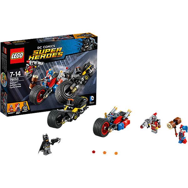 LEGO Super Heroes 76053: Бэтман: Погоня на мотоциклах по Готэм-ситиБэтмен<br>Дэдшот летает по городу на своем реактивном ранце и стреляет из базуки, ты должен выгнать его с помощью пушки Бэтмена! Поймай Харли и перенеси схватку на землю, используя Батаранг Бэтмена и его ружье с крюком. Но осторожно— Харли может прикрепить к мотоциклу большой молоток и отправить Бэтмена в полет!<br><br>LEGO Super Heroes (ЛЕГО Супер Герои) - серия конструкторов созданная специально по мотивам всеми известных комиксов. Спасай мир и борись со злом вместе с любимыми супергероями! Наборы серии можно комбинировать между собой, давая безграничные просторы для фантазии и придумывая свои новые истории. <br><br>Дополнительная информация:<br><br>- Конструкторы ЛЕГО развивают усидчивость, внимание, фантазию и мелкую моторику. <br>- 3 минифигурки в комплекте: Харли, Дэдшот, Харли.<br>- В комплекте 3 минифигурки, аксессуары, мотоциклы.<br>- Колеса мотоциклов вращаются.<br>- Количество деталей: 224.<br>- Серия ЛЕГО Супер Герои (LEGO Super Heroes).<br>- Материал: пластик.<br>- Размер упаковки: 26х4,6х19 см.<br>- Вес: 0.315 кг.<br><br>Конструктор LEGO Super Heroes 76053: Бэтмен: Погоня на мотоциклах по Готэм-сити можно купить в нашем магазине.<br>Ширина мм: 264; Глубина мм: 192; Высота мм: 53; Вес г: 315; Возраст от месяцев: 84; Возраст до месяцев: 168; Пол: Мужской; Возраст: Детский; SKU: 4259162;