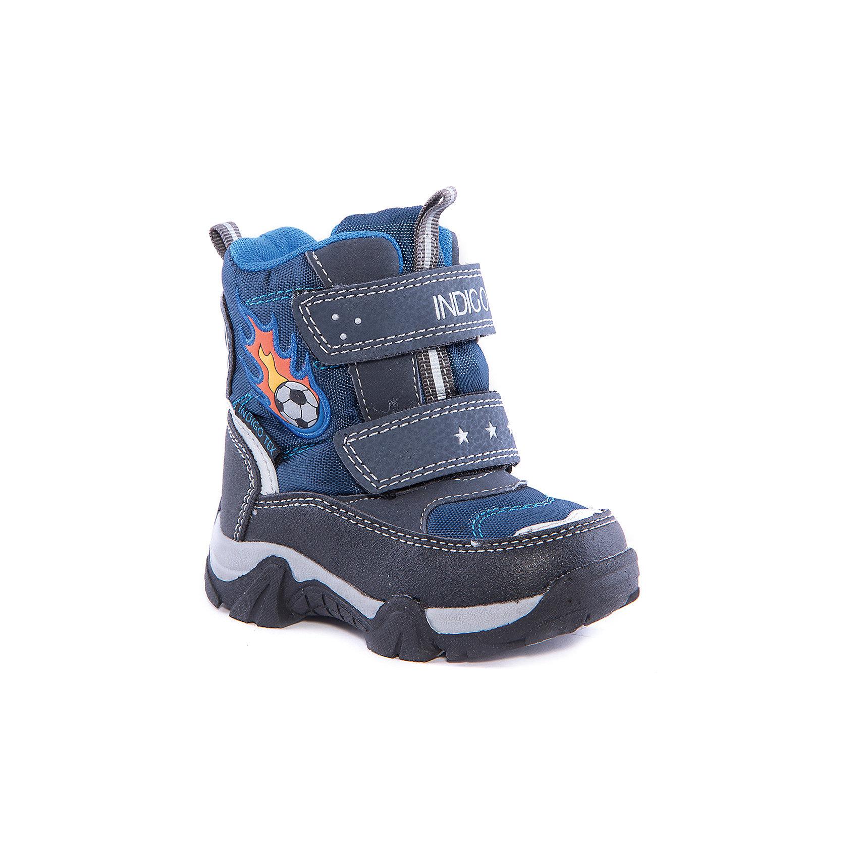 Ботинки для мальчика Indigo kidsБотинки<br>Обувь для детей требует особого внимания: она предназначается для самых взыскательных покупателей и самых маленьких потребителей – родителей и детей. Дизайнеры и технологи, занимающиеся разработкой обуви для детей, учитывают особенности развивающейся детской стопы, поэтому, приобретая «Индиго Кидс»,  Вы можете быть уверены – она действительно создана специально для детей. Каждая модель обладает профилактической стелькой из натуральной кожи, способствующей правильному формированию стопы ребенка. <br><br>Состав:<br>Материал верха: Текстиль/Искусственная кожа<br>Материал подклада: Шерсть<br>Стелька: Шерсть<br>Подошва: ТЭП<br><br>Ширина мм: 262<br>Глубина мм: 176<br>Высота мм: 97<br>Вес г: 427<br>Цвет: синий<br>Возраст от месяцев: 15<br>Возраст до месяцев: 18<br>Пол: Мужской<br>Возраст: Детский<br>Размер: 22,21,24,26,25,23<br>SKU: 4262343