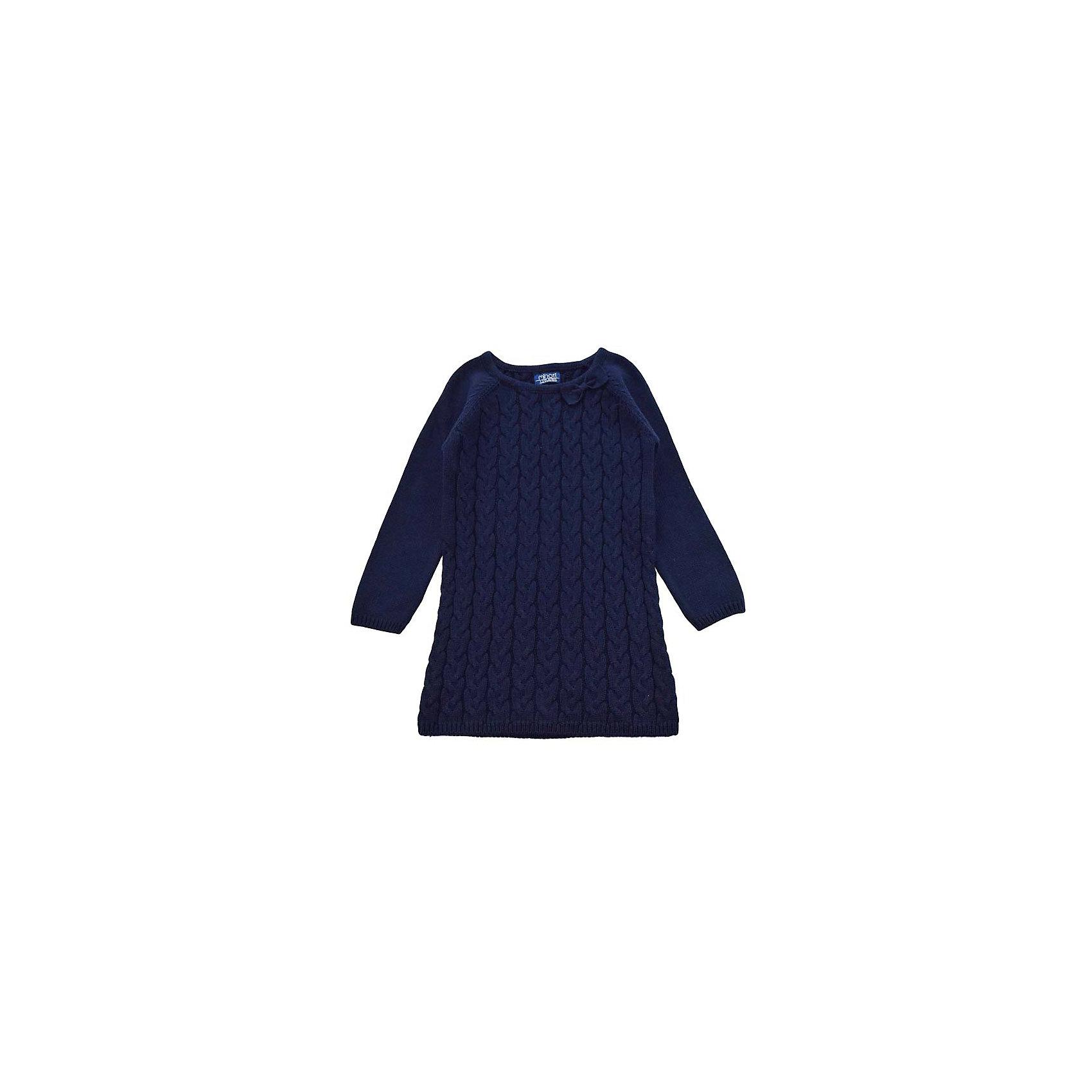 Платье для девочки MinotiПлатья<br>Платье для девочки от популярной английской марки Minoti<br><br>Вязаное платье отличается продуманным кроем и эффектным дизайном. Модель легко надевается, отлично смотрится, не стесняет движения. <br>Особенности модели:<br><br>- цвет: синий;<br>- хлопковая пряжа;<br>- узорная вязка - косы;<br>- рукава - реглан;<br>- небольшой бант на вороте;<br>- горловой вырез - круглый;<br>- на вороте, внизу и на рукавах - трикотажная резинка.<br><br>Дополнительная информация:<br><br>Состав:  100% хлопок<br><br>Уход за изделием:<br><br>стирка в машине при температуре до 30°С,<br>не отбеливать.<br><br>Платье для девочки от Minoti (Минотти) можно купить в нашем магазине<br><br>Ширина мм: 190<br>Глубина мм: 74<br>Высота мм: 229<br>Вес г: 236<br>Цвет: синий<br>Возраст от месяцев: 12<br>Возраст до месяцев: 15<br>Пол: Женский<br>Возраст: Детский<br>Размер: 80/86,86/92,98/104,92/98<br>SKU: 4263027