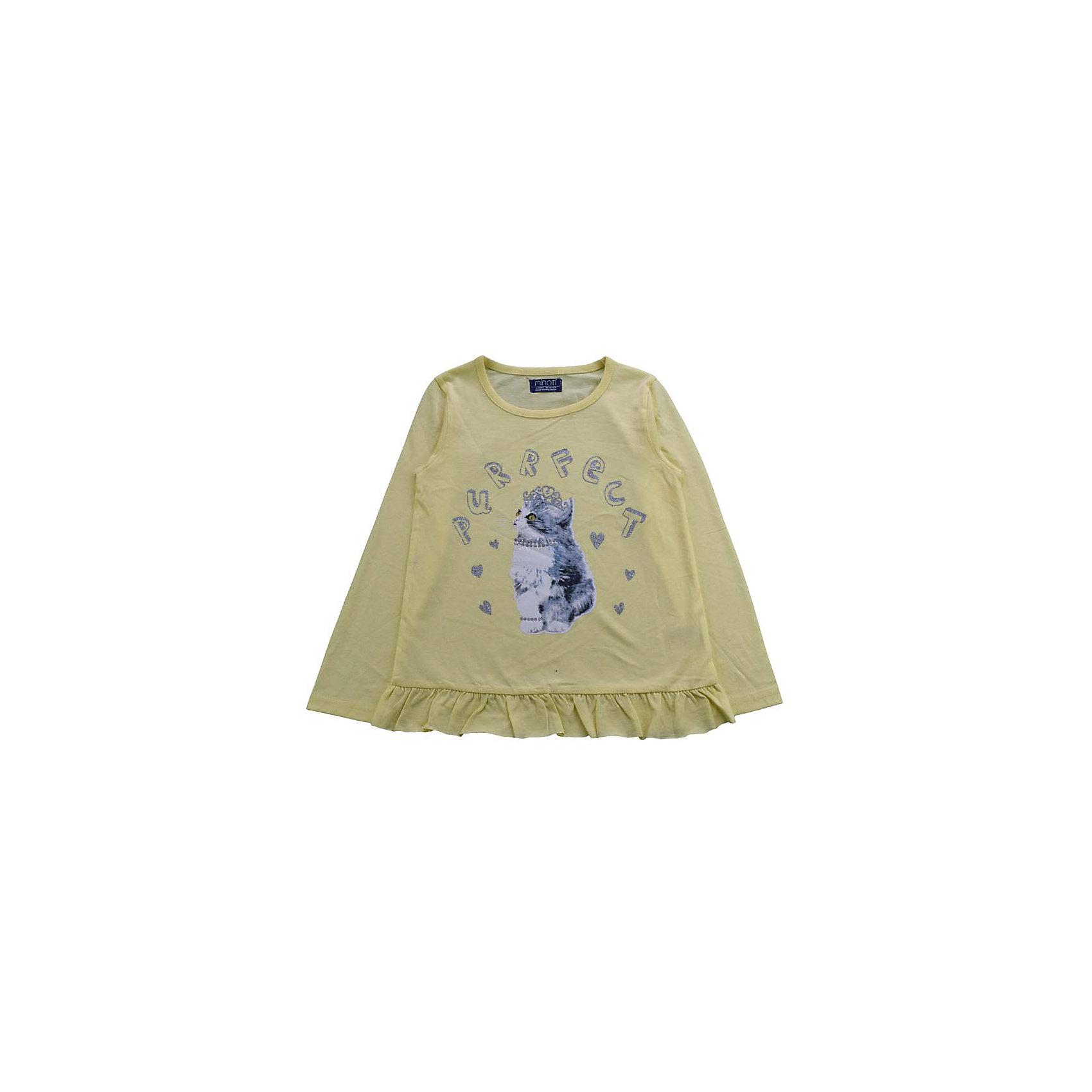 Футболка с длинным рукавом для девочки MinotiФутболка с длинным рукавом для девочки от популярной английской марки Minoti<br>Симпатичная футболка отличается продуманным кроем и эффектным дизайном. Модель легко надевается, отлично смотрится, не стесняет движения. Материал содержит натуральный хлопок, гипоаллергенный, дышащий и приятный на ощупь.<br><br>Особенности модели:<br><br>- цвет: желтый;<br>- трикотаж;<br>- принт с блестящими деталями;<br>- рукав длинный;<br>- волан по низу;<br>- ворот круглый, с окантовкой.<br><br>Дополнительная информация:<br><br>Состав: 100% хлопок<br><br>Уход за изделием:<br><br>стирка в машине при температуре до 30°С,<br>не отбеливать,<br>гладить на средней температуре.<br><br>Футболку с длинным рукавом для девочки от Minoti (Минотти) можно купить в нашем магазине<br><br>Ширина мм: 190<br>Глубина мм: 74<br>Высота мм: 229<br>Вес г: 236<br>Цвет: желтый<br>Возраст от месяцев: 12<br>Возраст до месяцев: 15<br>Пол: Женский<br>Возраст: Детский<br>Размер: 80/86,86/92,92/98,98/104<br>SKU: 4263384